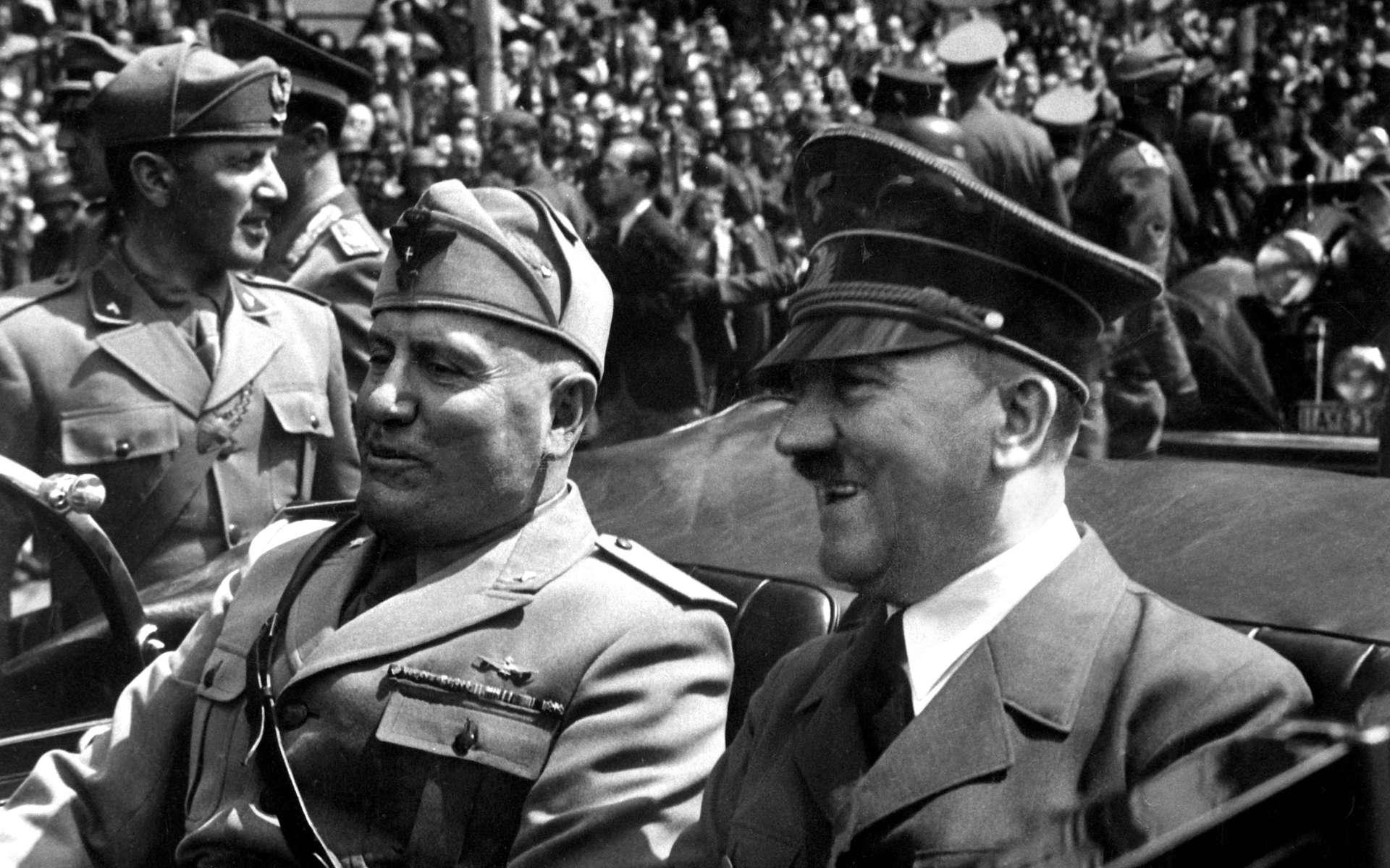 Benito Mussolini et Adolf Hitler, en juin 1940. © Inconnu, Google Images