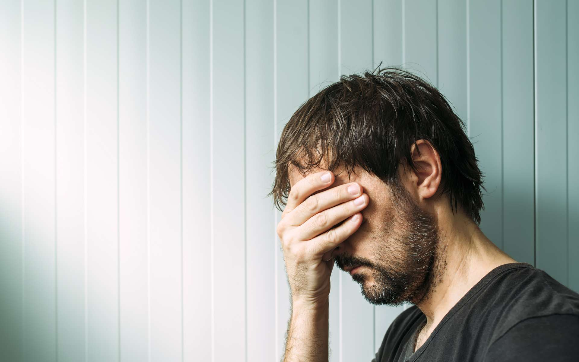 Dépression : la norme de masculinité aurait tendance à l'aggraver. © Bits and Splits, Adobe Stock