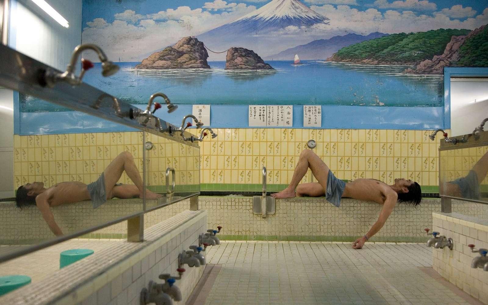 Le sento est un bain public traditionnel au Japon. © DR