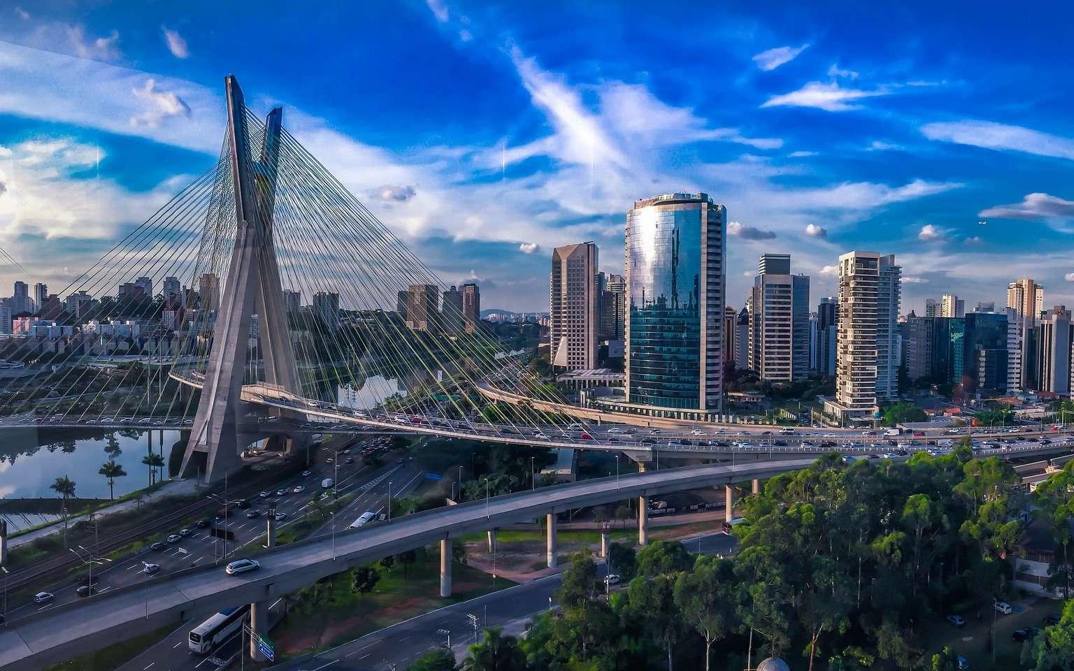 La métropolisation et l'urbanisation du monde ont des impacts considérables sur notre Planète bleue. © Ikedaleo, Pixabay, DP