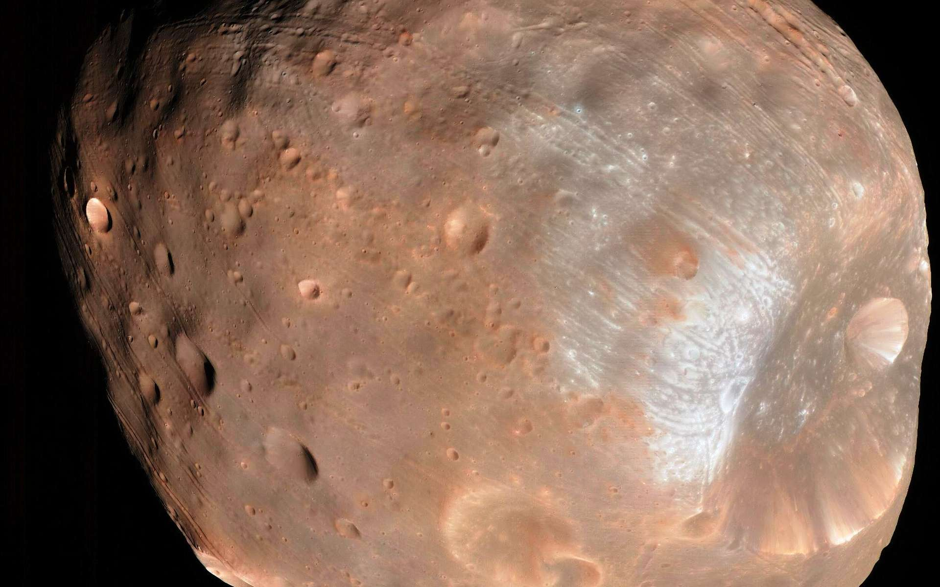 La surface de Phobos, une des lunes de Mars. © Nasa, JPL-Caltech, University of Arizona