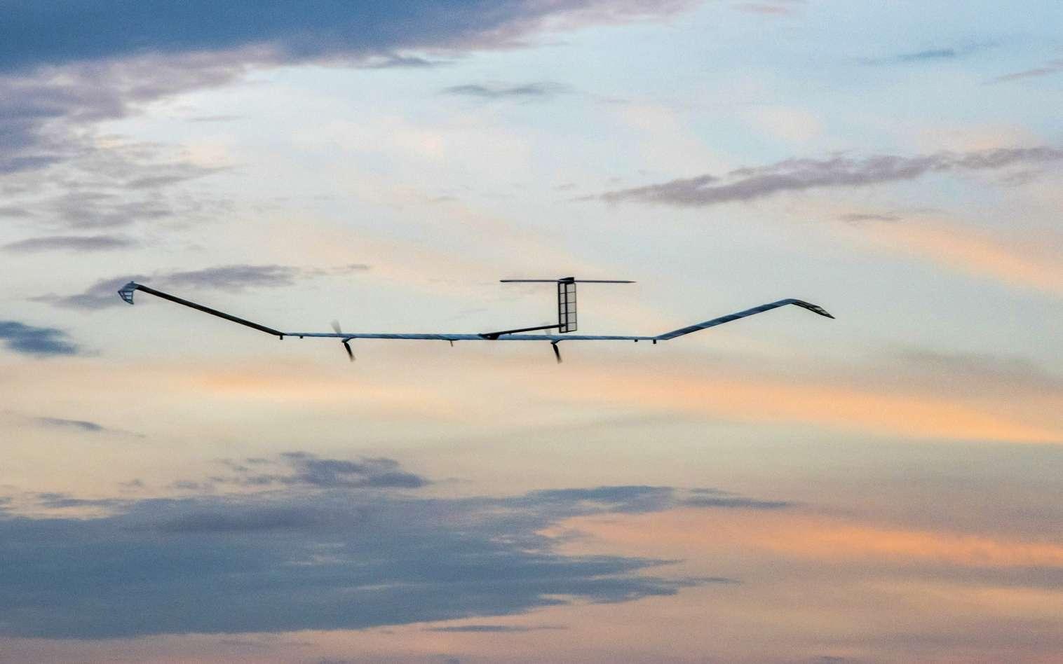 Le drone stratosphérique solaire Zephyr S d'Airbus se destine à diverses missions civiles ou militaires. © Airbus
