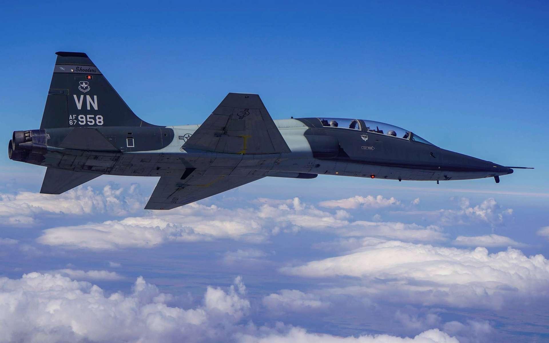 Le T-38 sera le premier avion de combat équipé de ce système de réalité virtuelle. © US Air Force