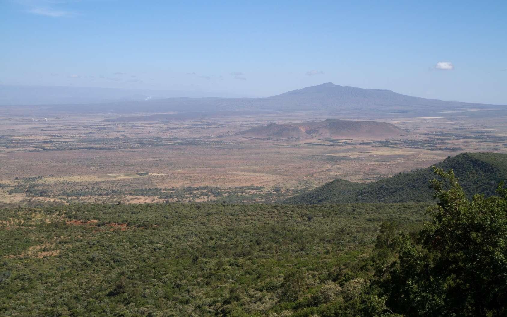 Le continent africain se sépare en deux. Ici, la vallée du rift depuis les collines de Nairobi. © franco lucato, Fotolia
