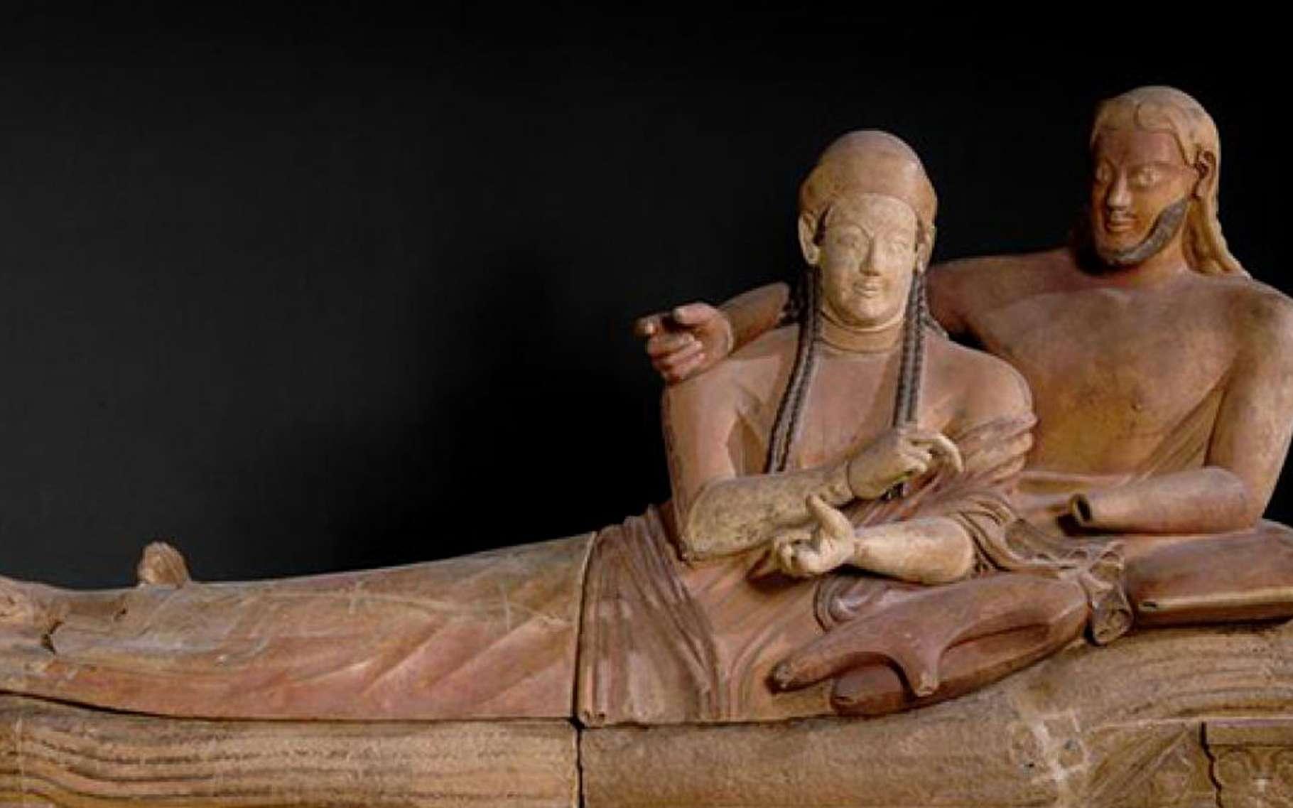 Sarcophage des Époux exposé au Louvre. © Sailko, Wikimedia commons, CC by 3.0