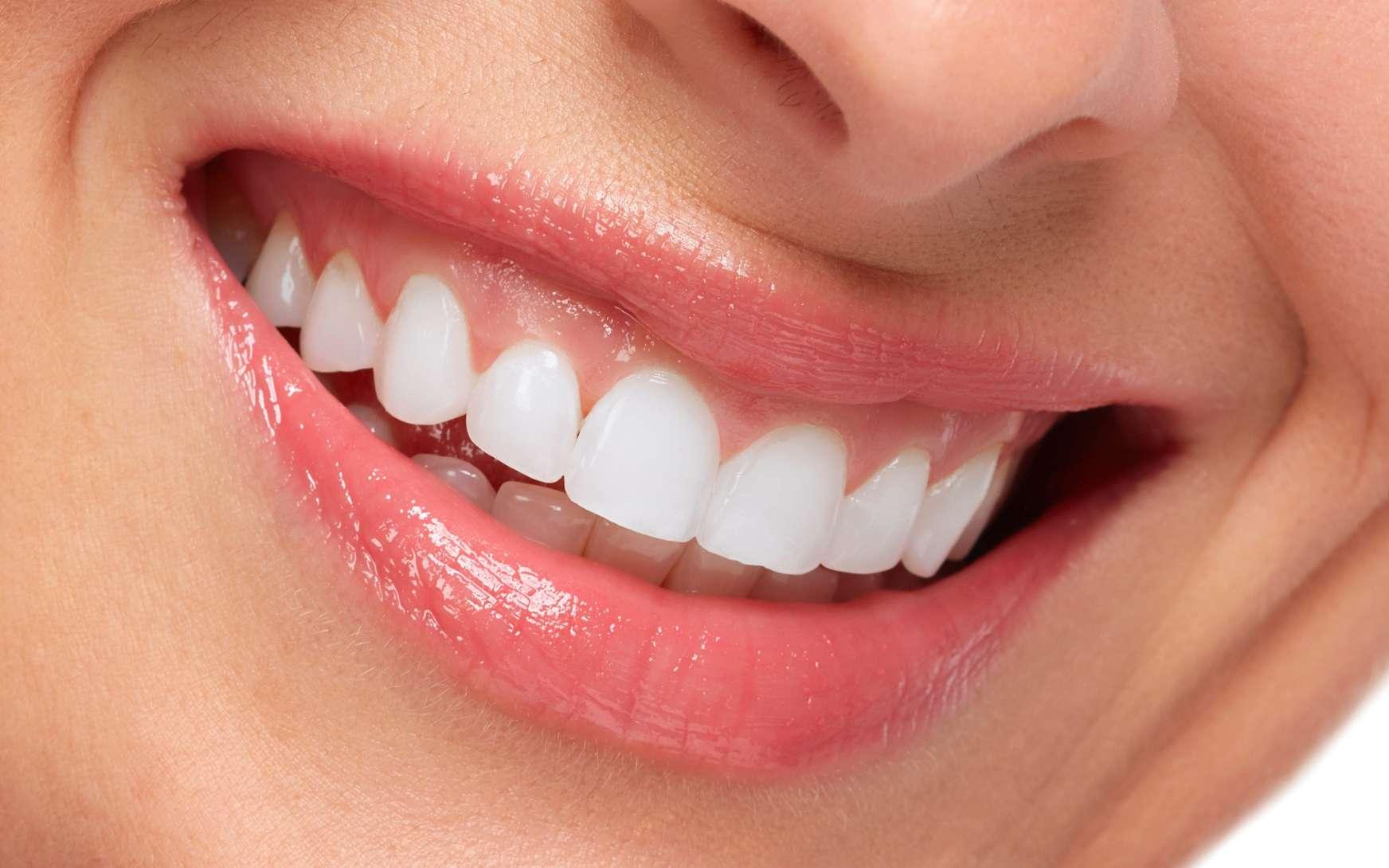 L'émail des dents est la substance la plus dure de l'organisme. © Kurhan, Fotolia