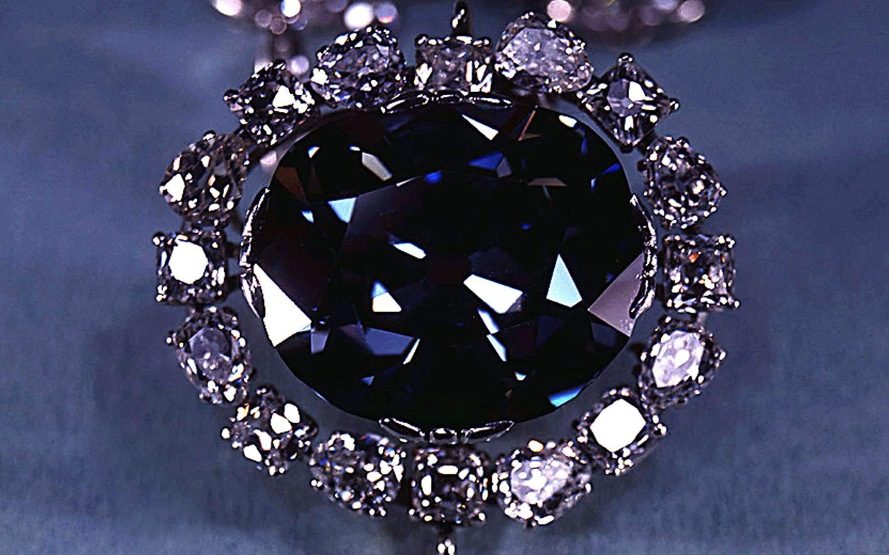 Le diamant Hope proviendrait des profondeurs de la Terre. © Smithsonian Museum