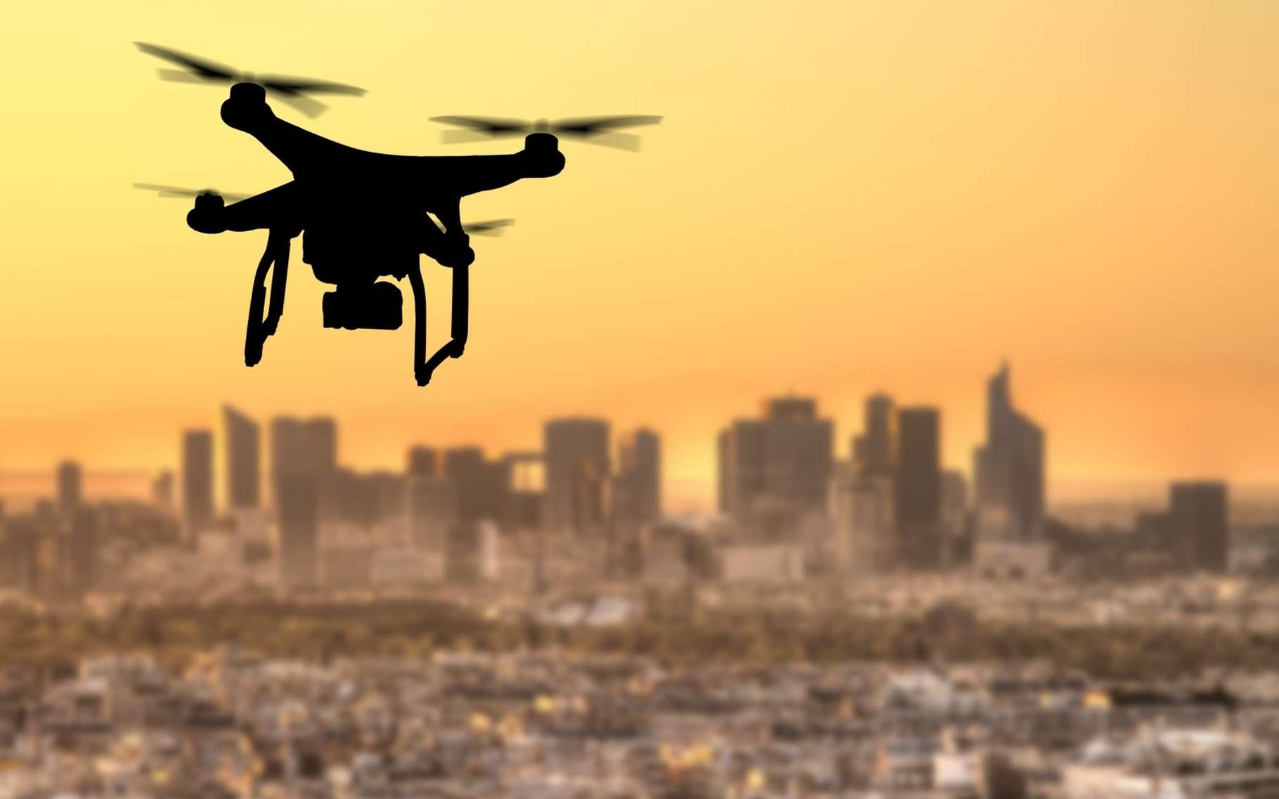 Les drones livreurs se multiplient dans le monde. La Poste vient, en décembre 2016, de commencer les expérimentations en service réel. © Jag_cz