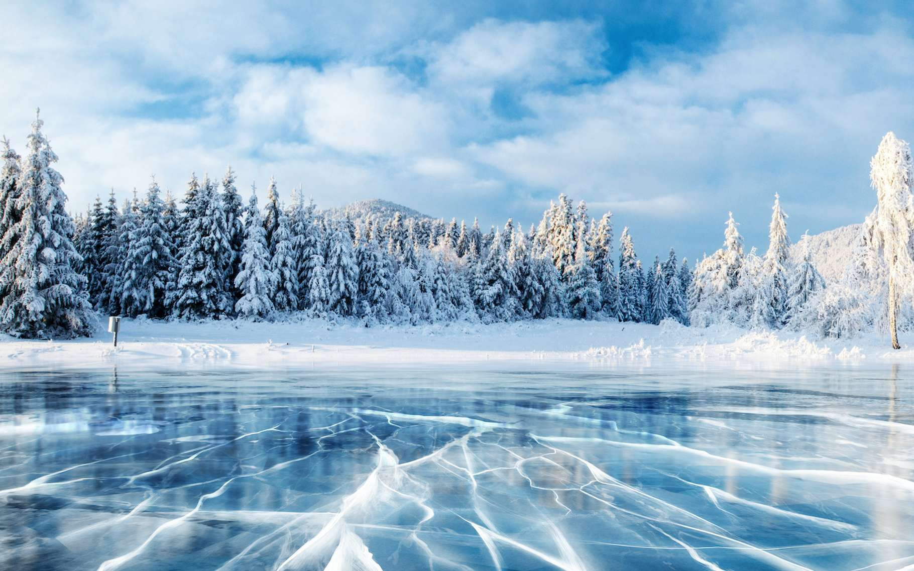 Selon des chercheurs de l'université de Melbourne (Australie), les âges glaciaires prennent fin lorsque l'angle d'inclinaison de l'axe de la Terre approche ses valeurs les plus élevées. © standret, Adobe Stock