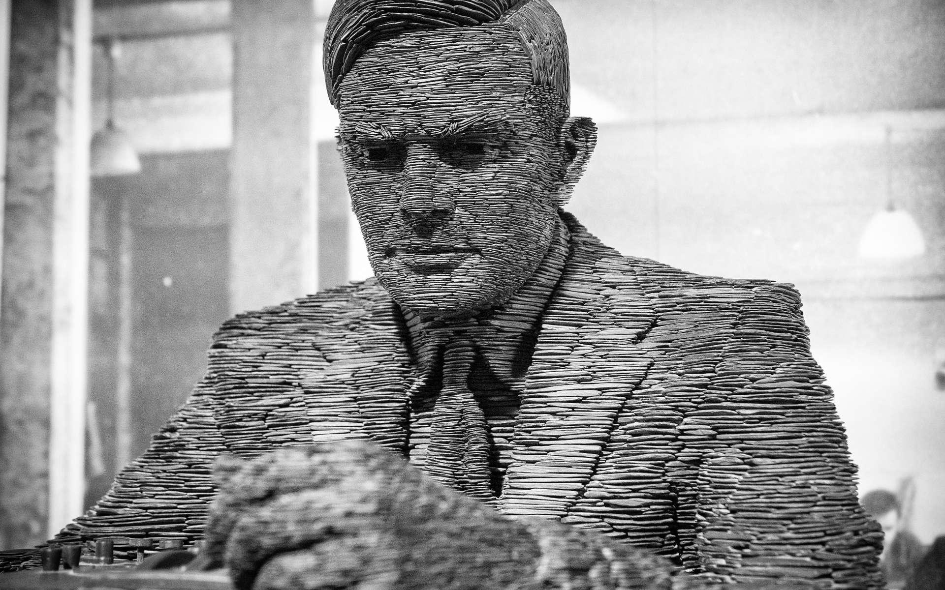 Alan Turing, aujourd'hui célébré mais autrefois persécuté pour son homosexualité, était un brillant mathématicien qui a fait progresser l'informatique. © Lenscap Photography, Shutterstock
