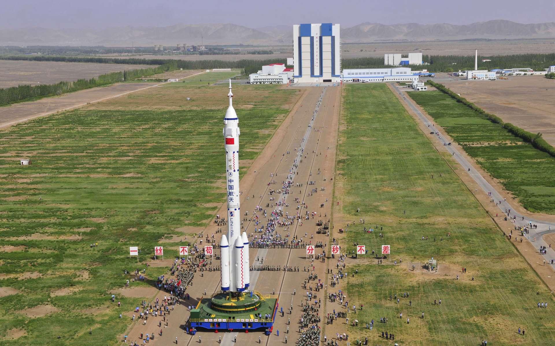 En 2016, un équipage de trois taïkonautes devrait voler dans l'espace et rejoindre le module orbital Tiangong-2, s'y amarrer et séjourner plusieurs jours à bord. © CNSA