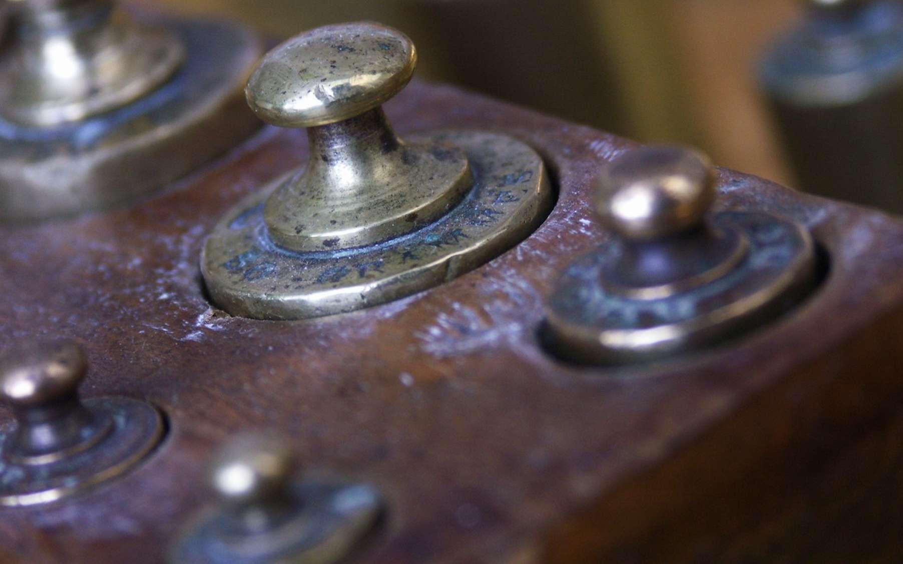 Pour définir avec une précision inégalée la valeur d'un kilogramme, les chercheurs de l'Institut américain des normes et des technologies, le NIST, comptent sur leur mesure de la constante de Planck, une constante fondamentale de la physique quantique. © Olivier Le Moal, Fotolia