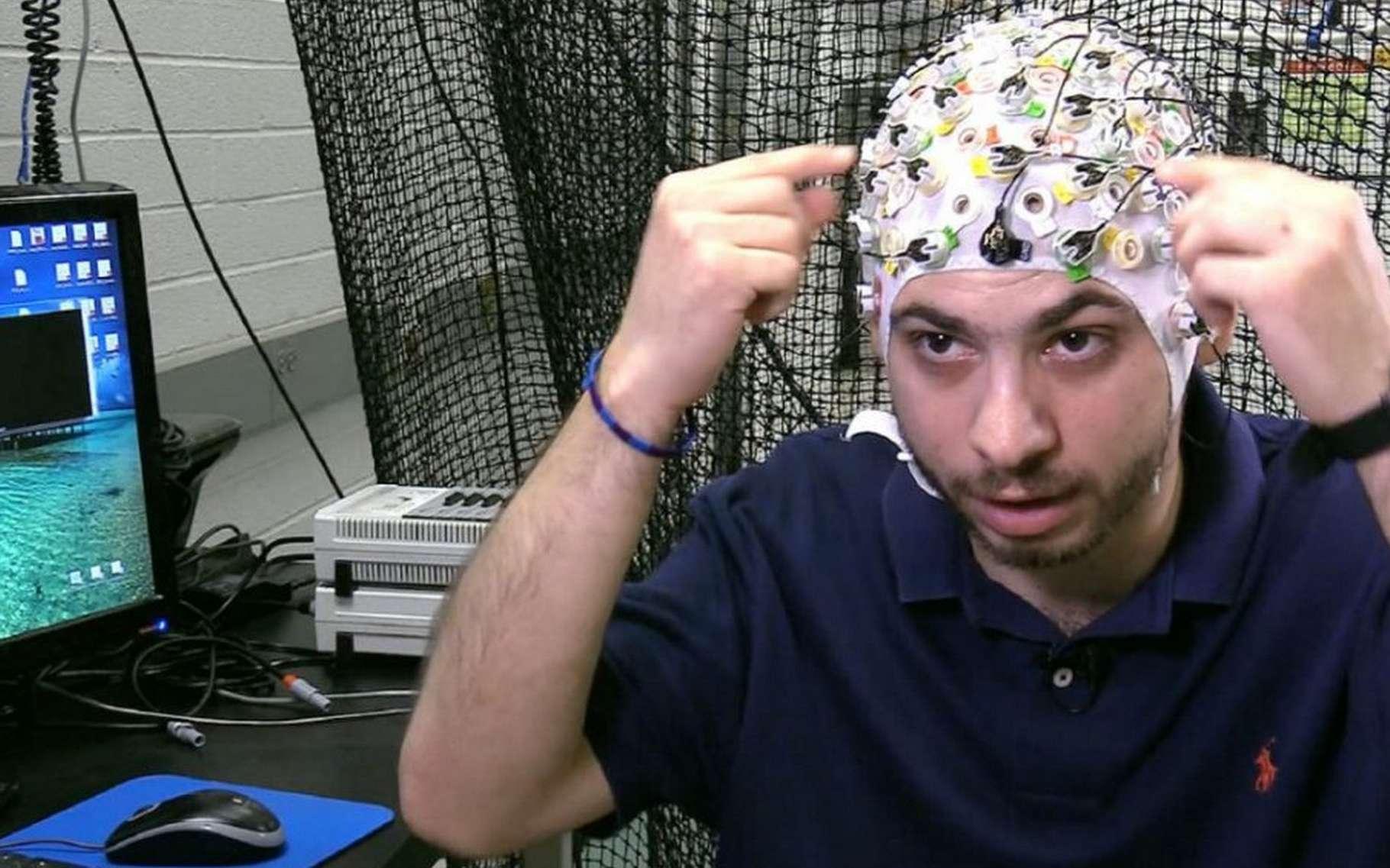 Les chercheurs de l'université d'État de l'Arizona ont découvert que notre cerveau est capable de gérer des groupes d'objets distincts du corps et que cette activité cérébrale spécifique est exploitable pour contrôler plusieurs drones simultanément. © Arizona State University