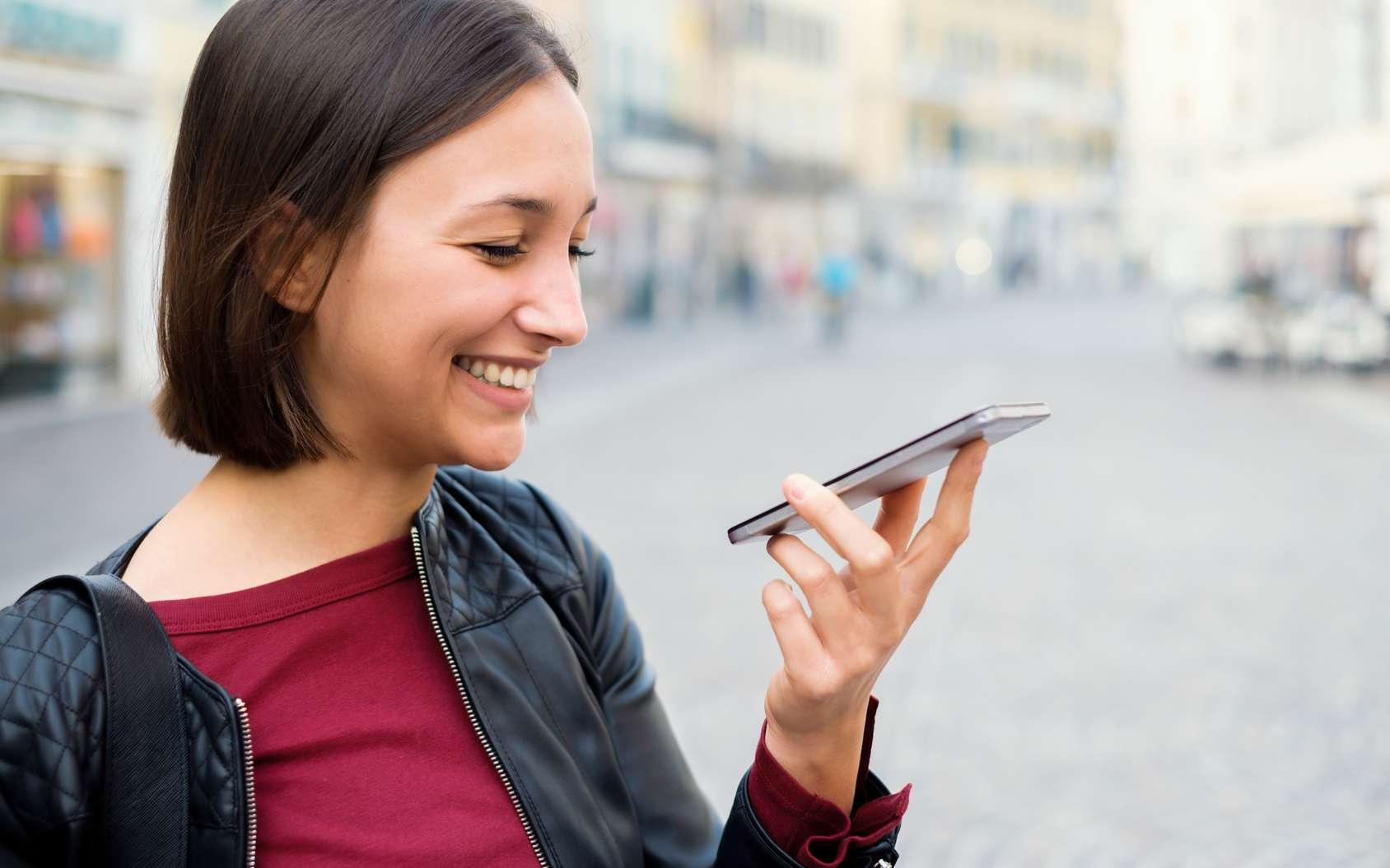 Bientôt disponible sur les smartphones Pixel, la prochaine version de Google Assistant pourra enchaîner les commandes et ouvrir plusieurs tâches en même temps de manière quasi instantanée. © Paolese, Fotolia