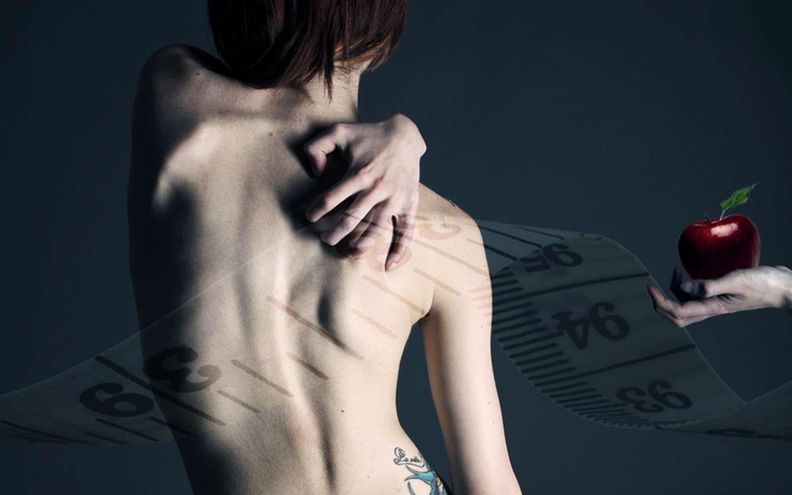 L'anorexie mentale s'accompagne de souffrances et d'un mal-être profond, caractérisés par un sentiment omniprésent de surpoids. Elle touche environ 1 % de la population, majoritairement des jeunes filles. La psychothérapie serait un traitement efficace contre cette maladie. © JohannaDoePhoto, Flickr, by nc sa 2.0