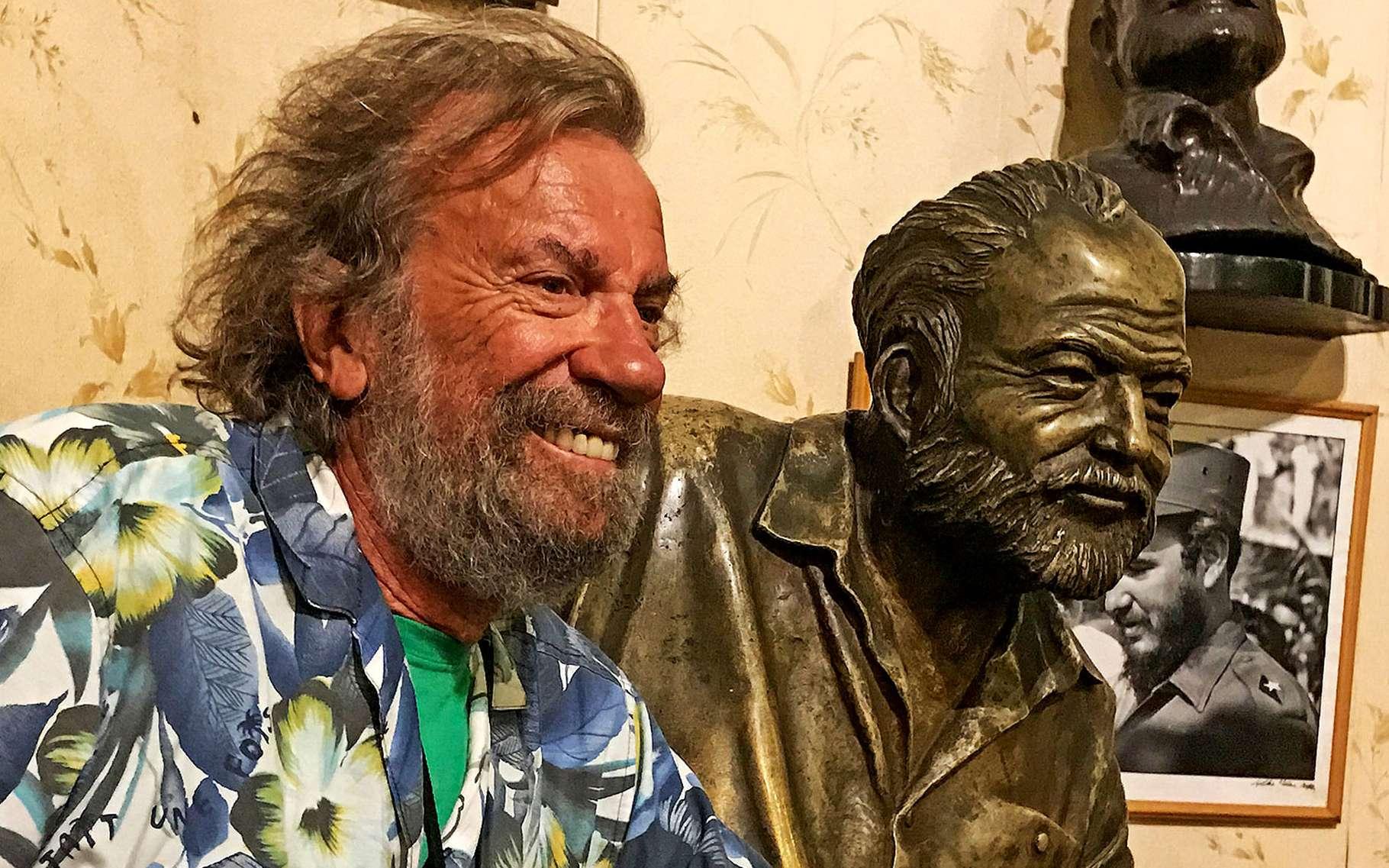 À La Havane, près du buste d'Hemingway. © Antoine, DR