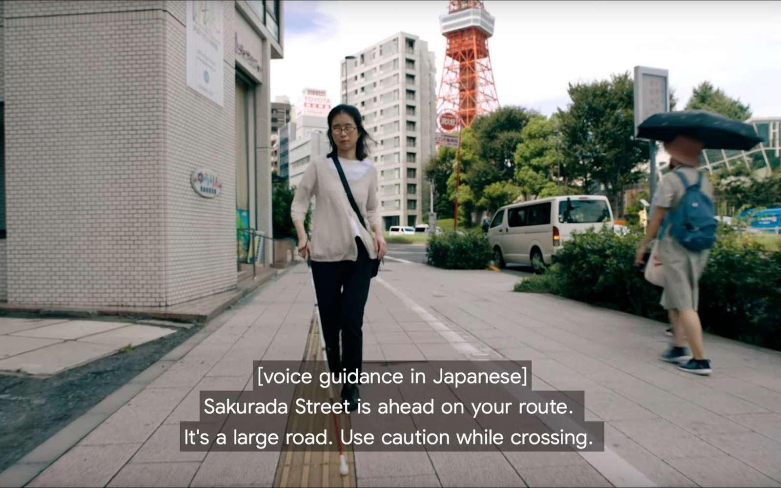 Le guidage vocal détaillé permet ainsi de laisser son smartphone dans sa poche et de ne pas être obligé de regarder l'écran en permanence. © Google
