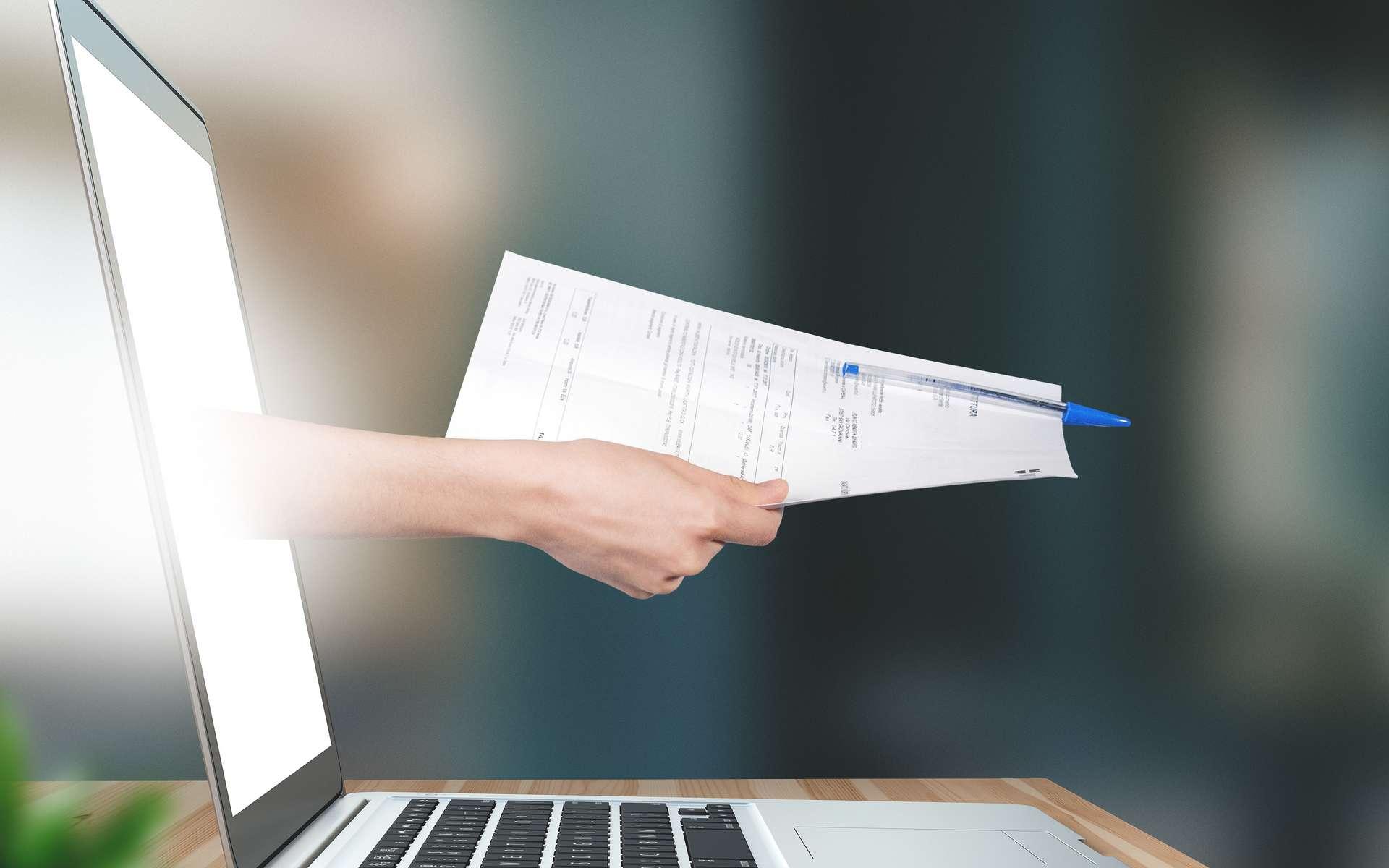 Aujourd'hui, la signature numérique possède la même valeur juridique qu'une signature manuscrite. © ALDECAstudio, Adobe Stock