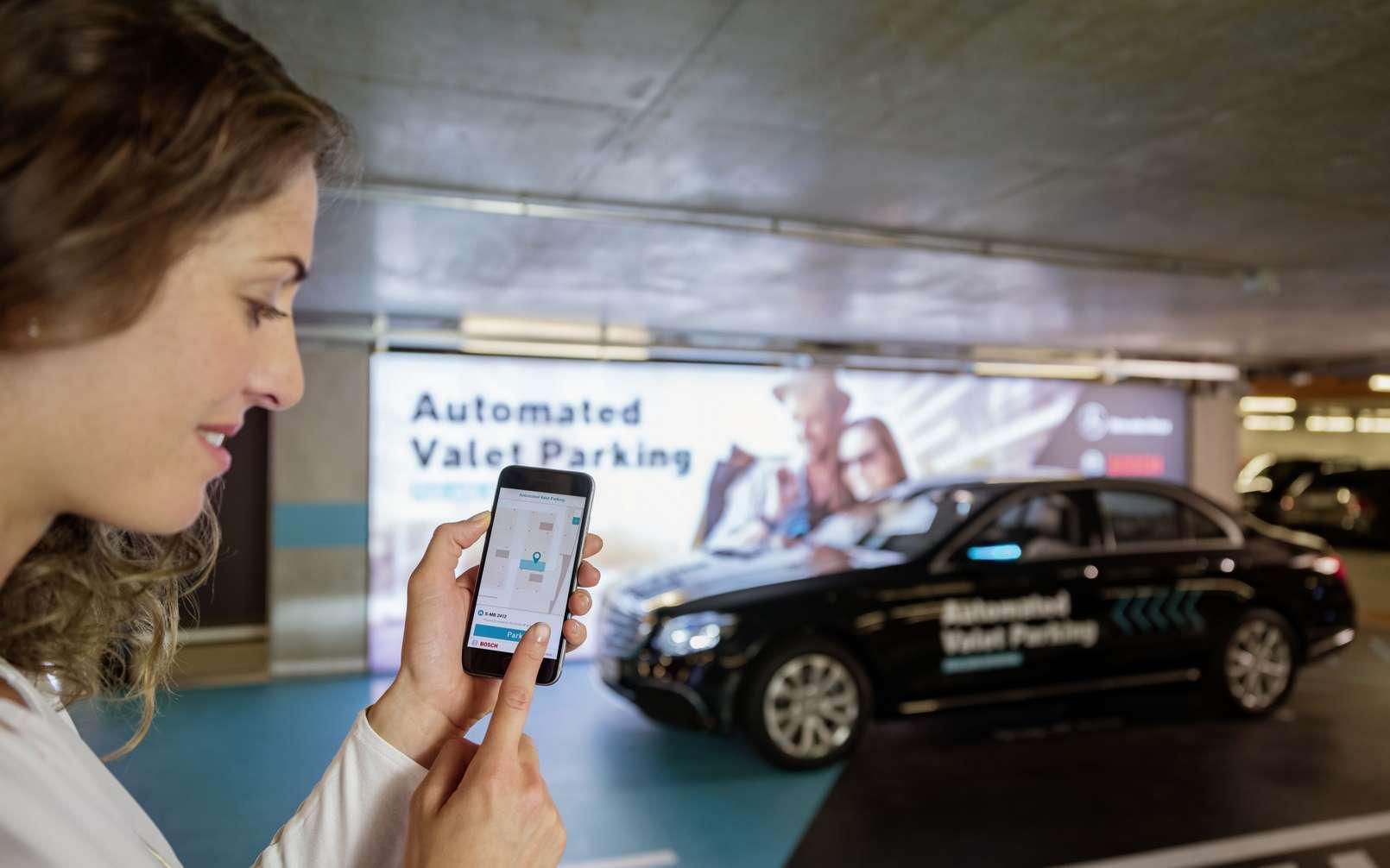 Le service de valet de parking autonome de Bosch et Mercedes-Benz. © Mercedes-Benz