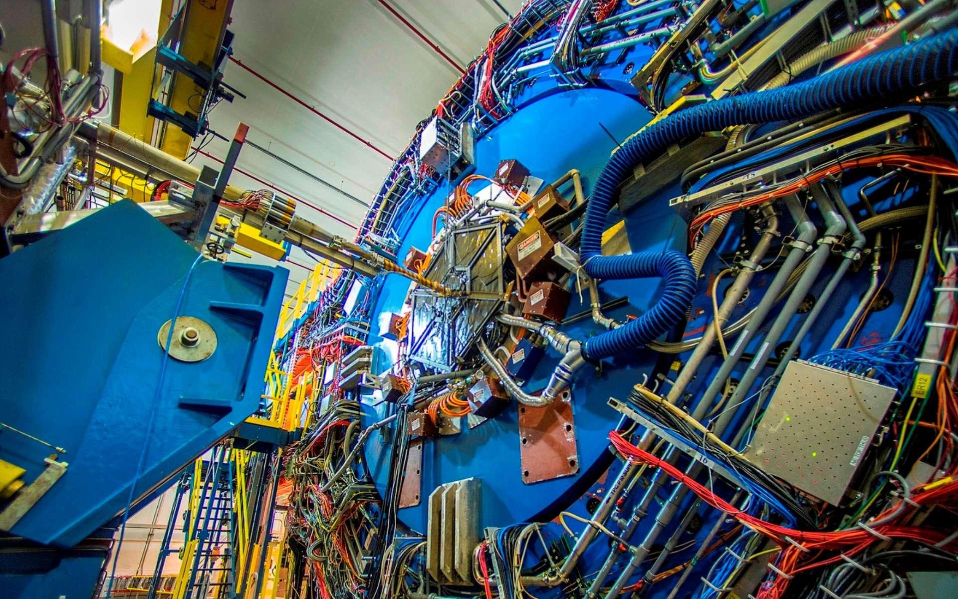 Une vue du détecteur Star équipant le RHIC (Relativistic Heavy Ion Collider) et dont la fonction est d'étudier le quagma. © Brookhaven National Laboratory