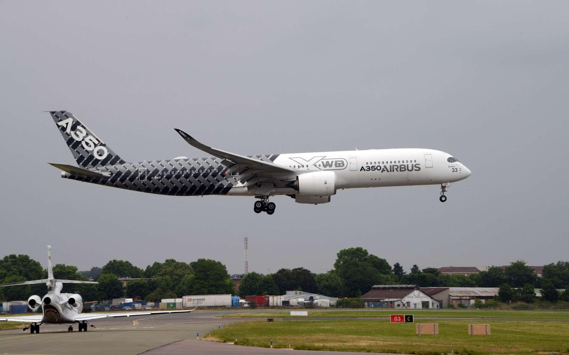 L'Airbus A350-900 dans sa nouvelle version XWB, au fuselage élargi. © Rémy Decourt