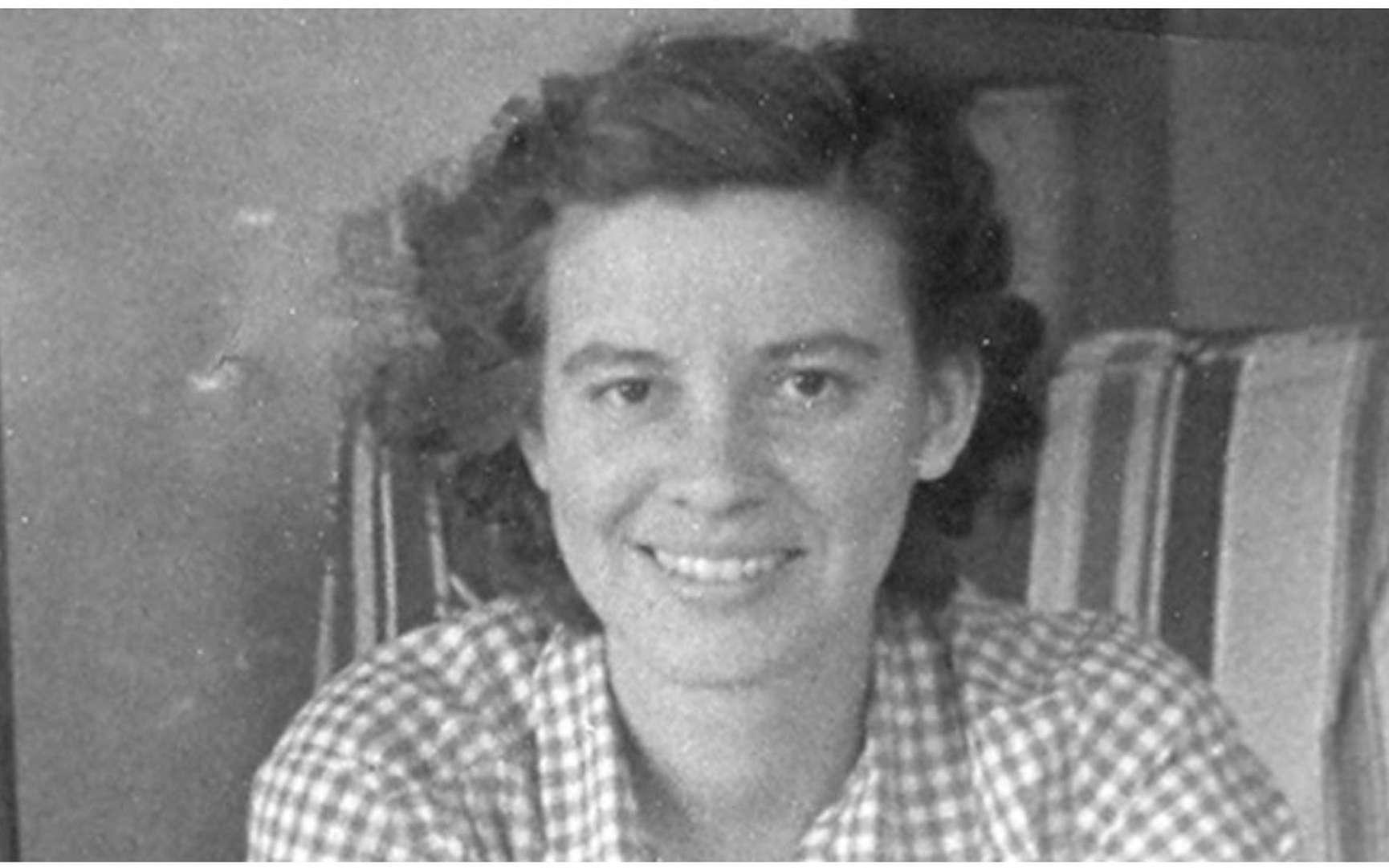Grande dame de la génétique des bactéries, Esther M. Zimmer Lederberg (18 décembre 1922 - 11 novembre 2006) a plusieurs découvertes à son actif, notamment la transduction, cette transmission de gènes entre bactéries par l'intermédiaire d'un virus. © DR