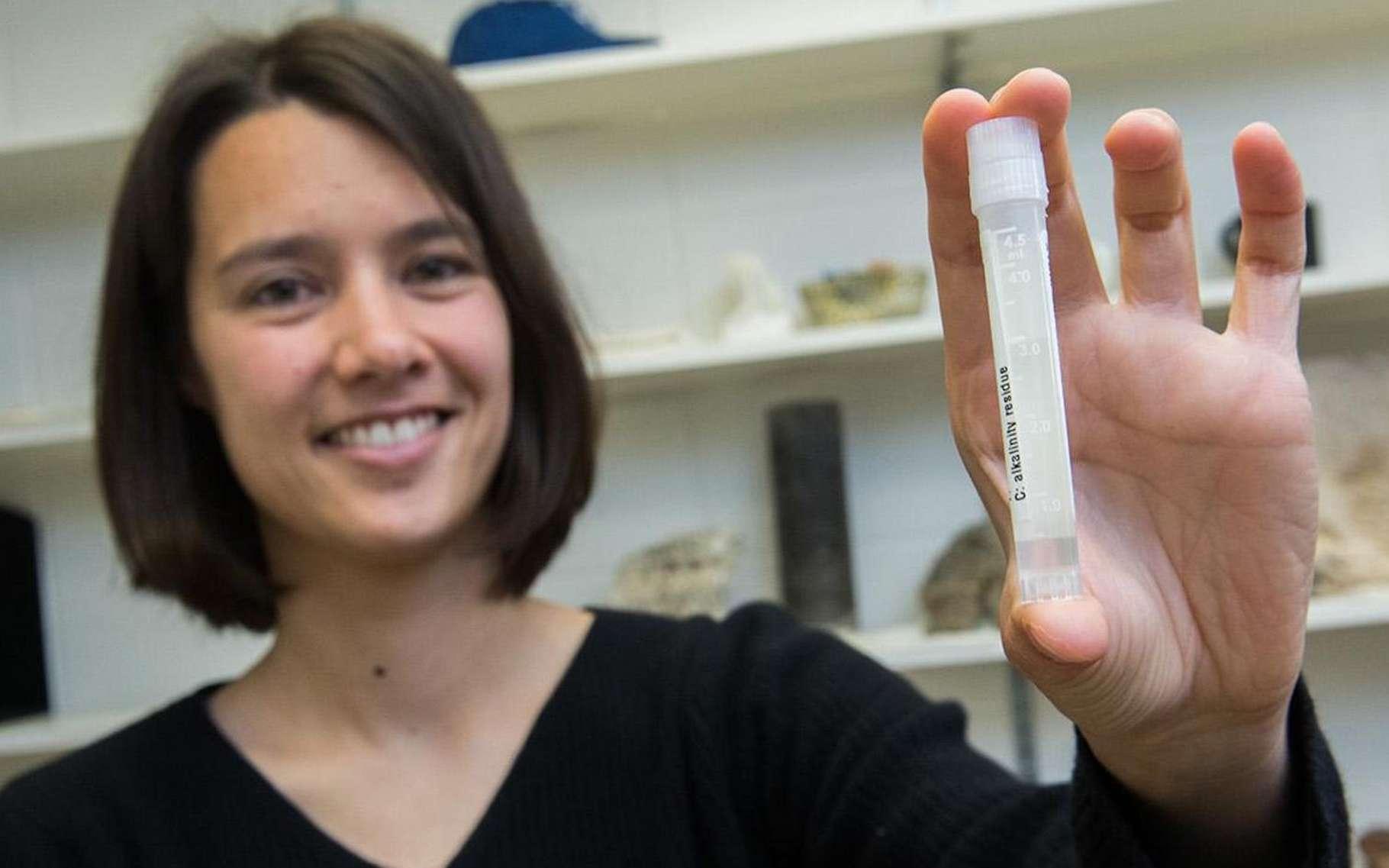 Des chercheurs de l'université de Chicago ont découvert des poches d'eau de mer datant de la période glaciaire, nichées dans des formations rocheuses au milieu de l'océan Indien. © Jean Lachat, université de Chicago