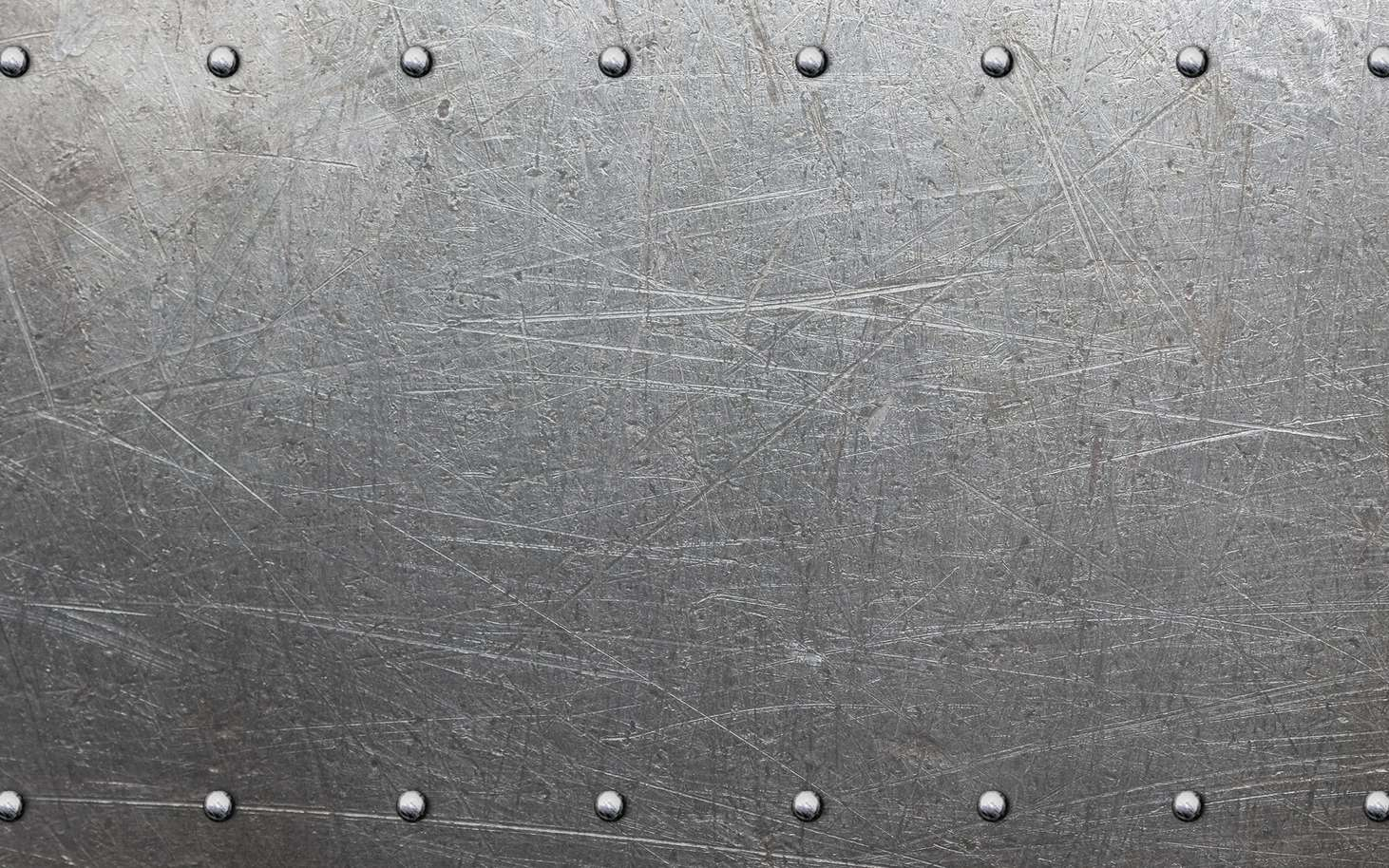 Le métal réfléchit les longueurs d'onde de la lumière visible, ce qui lui confère un aspect d'éclat métallisé. © Avantgarde, fotolia