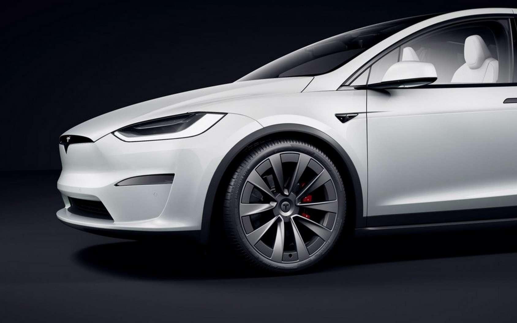 Tesla a publié en octobre dernier un correctif pour résoudre cette faille de sécurité. © Tesla