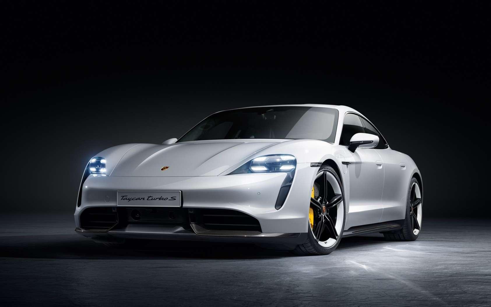 La Taycan Turbo S frôle les 190.000 euros prix public hors option. © Porsche