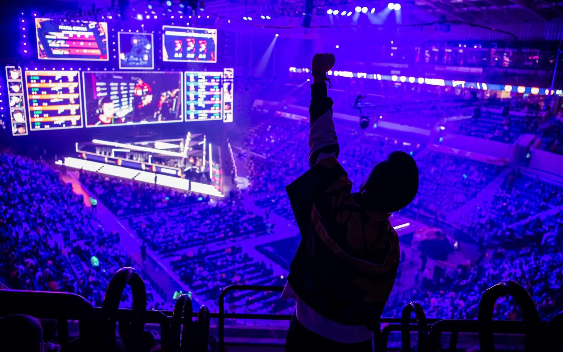 Les grands événements en eSport se multiplient dans le monde et attirent de plus en plus de fans. © romankosolapov, Adobe Stock