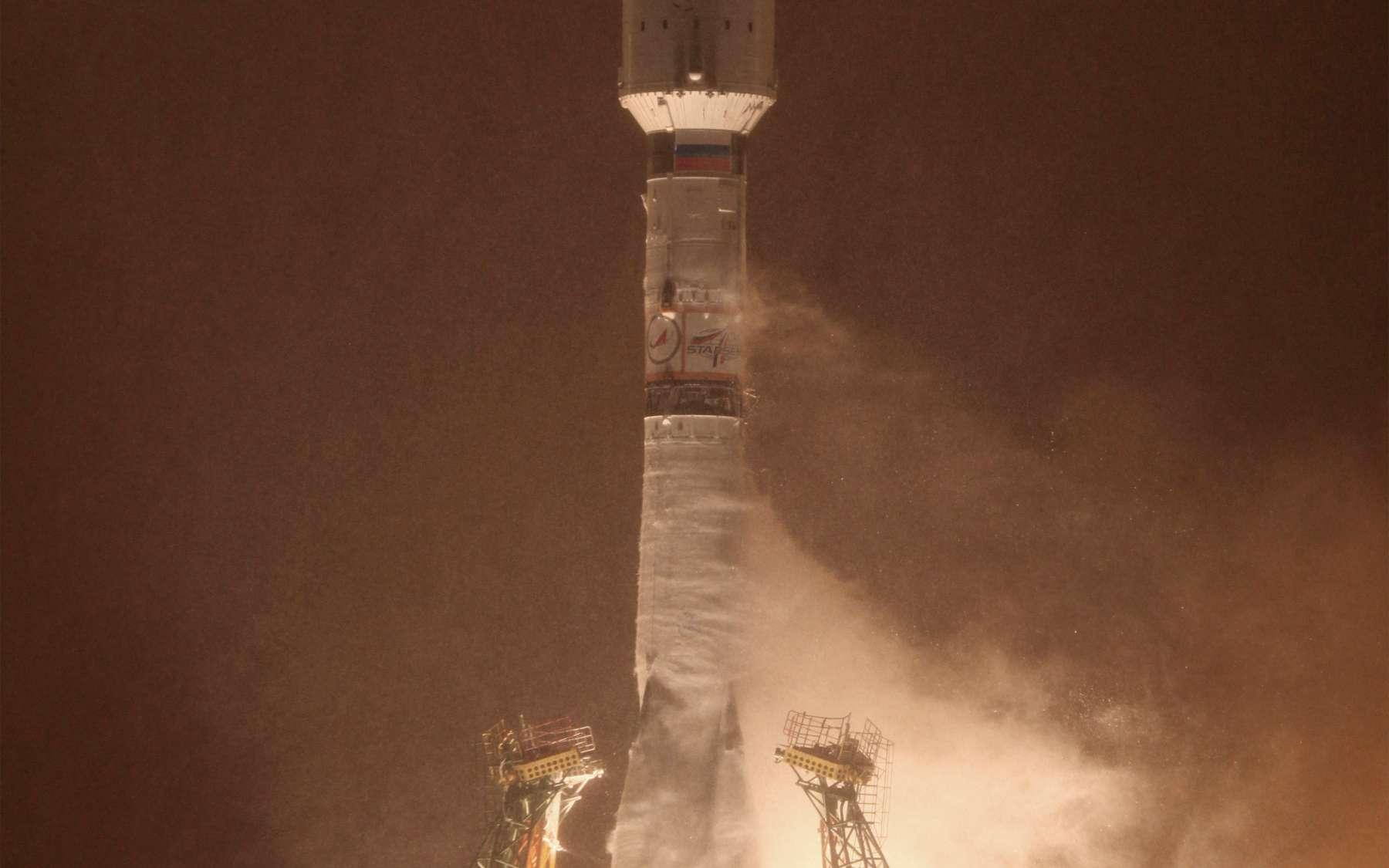 La série noire qui touche les lanceurs russes (Proton, Soyouz et Zenith) depuis décembre 2010 semble faire une pause pour les lancements de satellites étrangers. En effet, les seuls échecs concernent des satellites russes et un cargo Progress. Les six satellites Globalstar-2 ont été mis en orbite avec succès par un lanceur Soyouz (28 décembre 2011). © Roscosmos