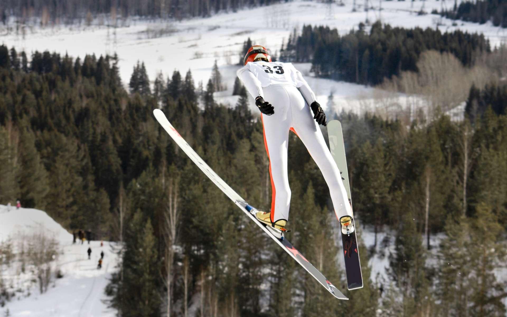 Au programme des JO d'hiver depuis 1924, le saut à skis a beaucoup évolué depuis. © victor zastol'skiy, fotolia