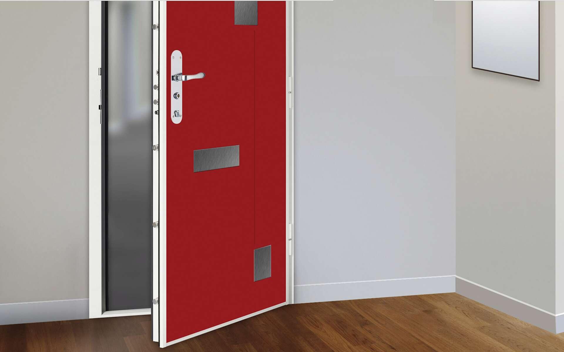 Les différents points de fermeture se manœuvrent en même temps avec la clé. En version relevable, on doit relever la poignée ou béquille pour pouvoir tourner la clé du côté intérieur et verrouiller la porte.