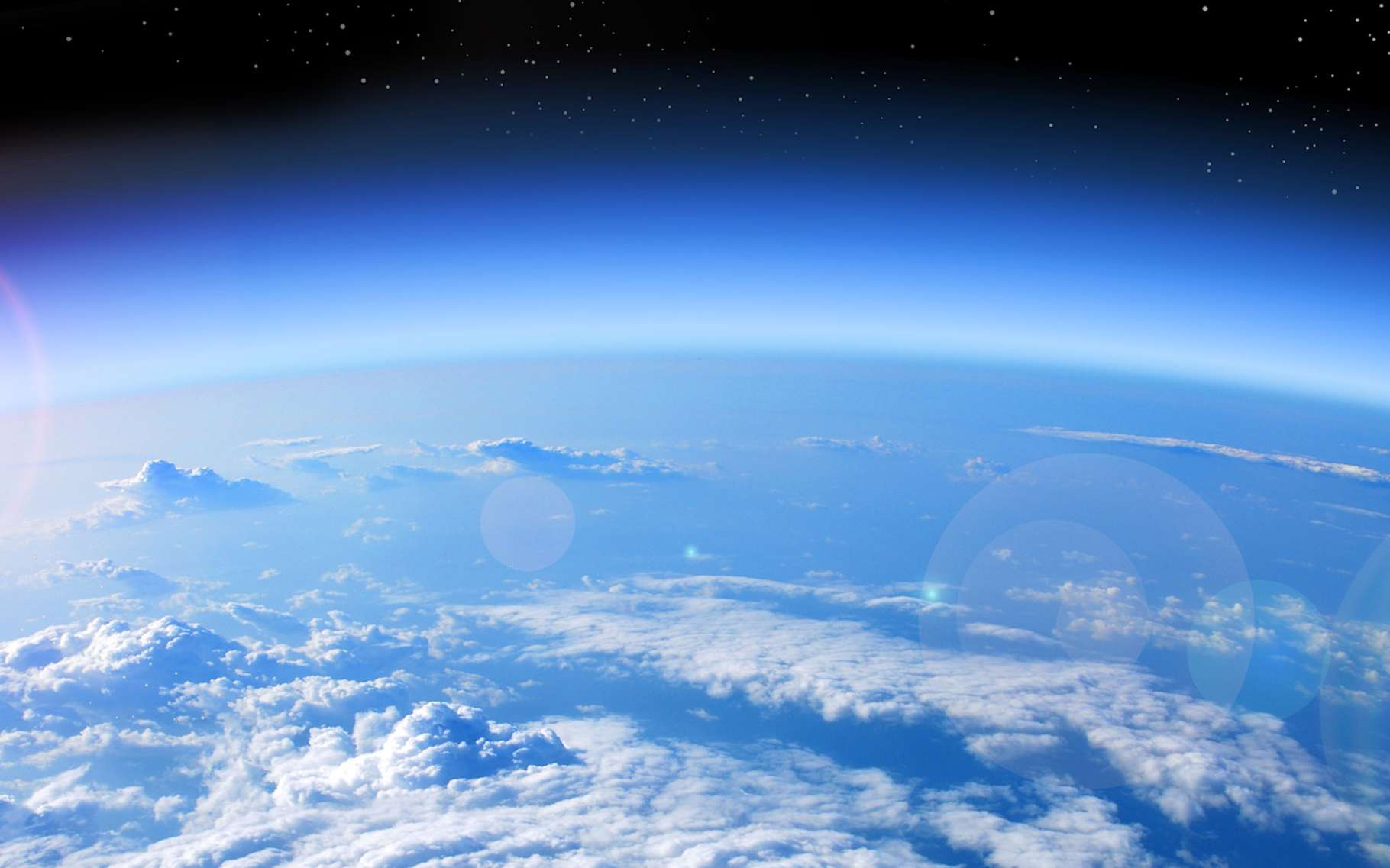 Depuis le début des années 2000, les scientifiques notent une amélioration concernant le trou dans la couche d'ozone. Ils prévoient qu'il soit complètement refermé d'ici 2060 si les efforts se poursuivent en ce sens. © studio023, Fotolia