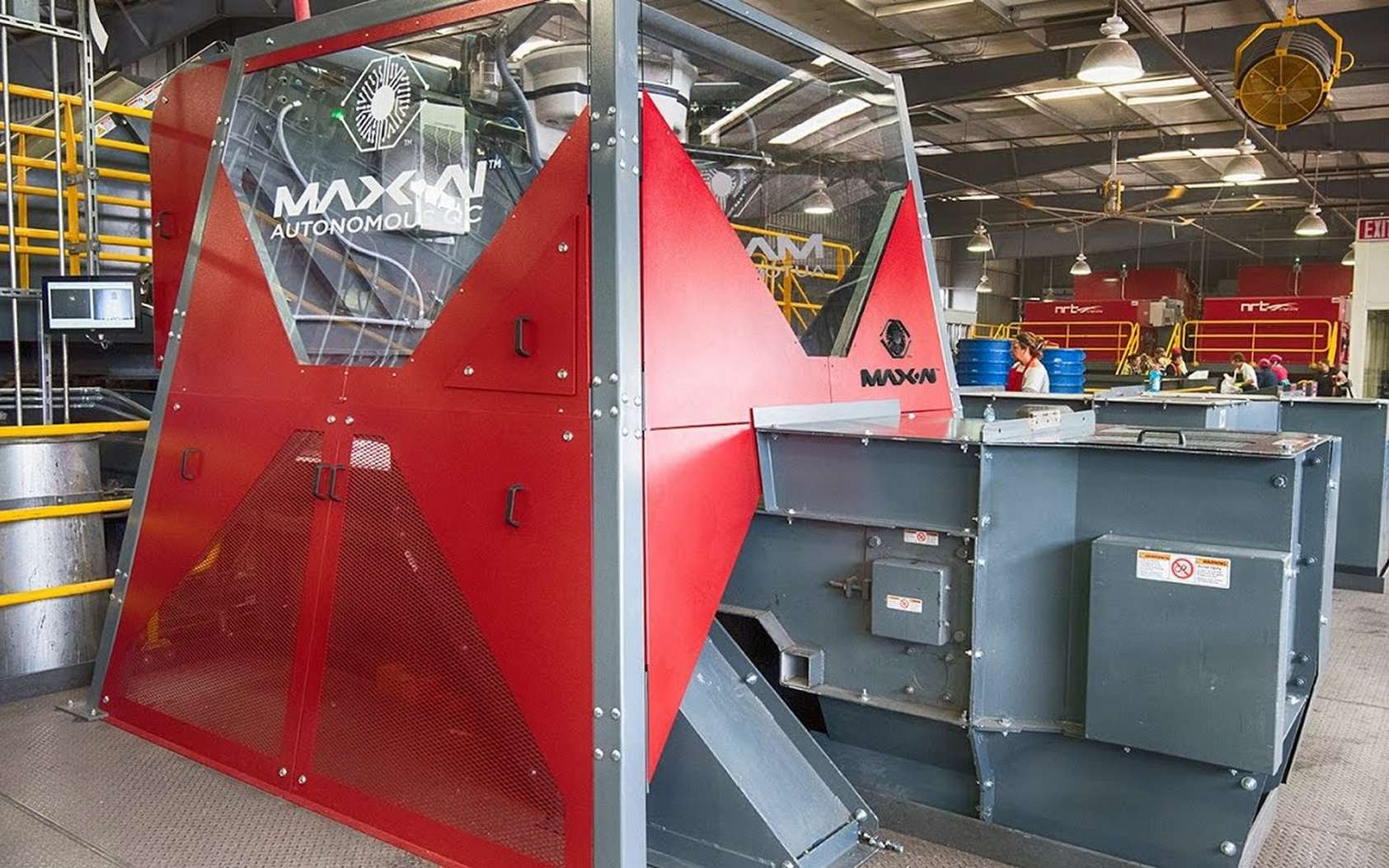 Le robot trieur de déchets Max AI. © Max AI