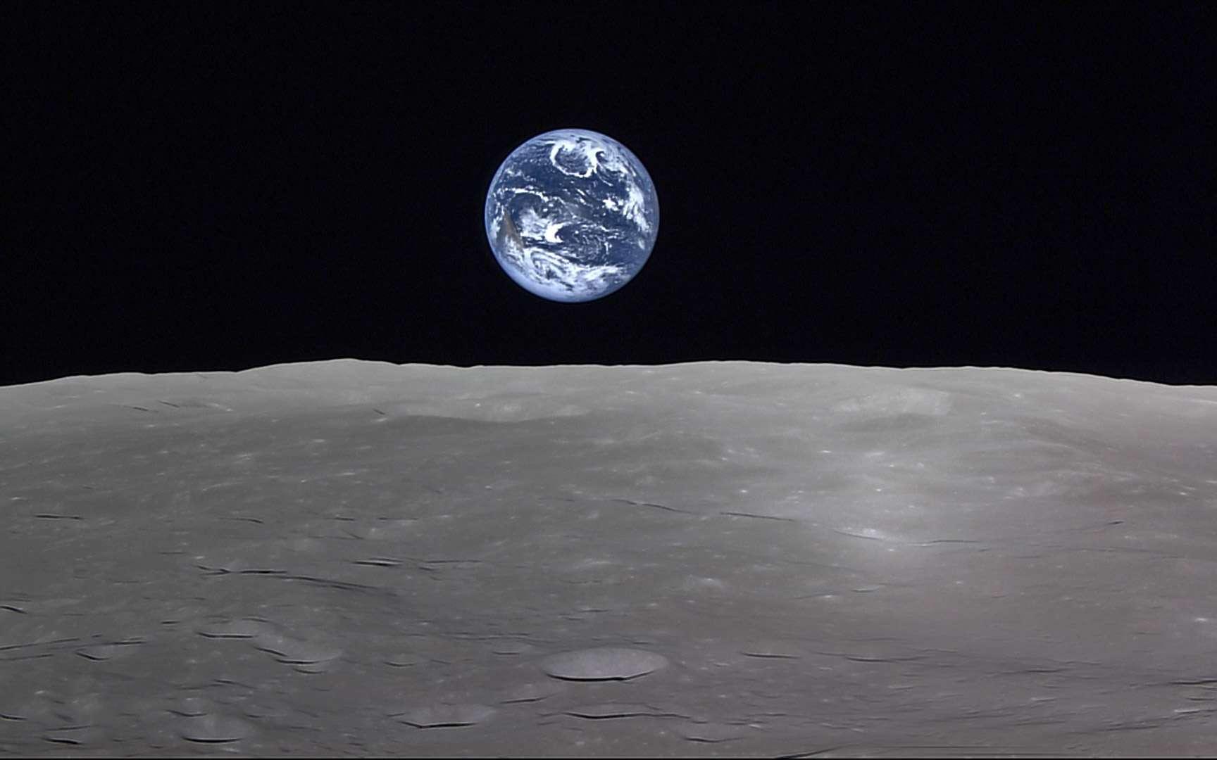 La Terre vue depuis la Lune. Cette image a été acquise par la sonde Sélène (Kaguya) de l'Agence spatiale japonaise. © Jaxa, NHK