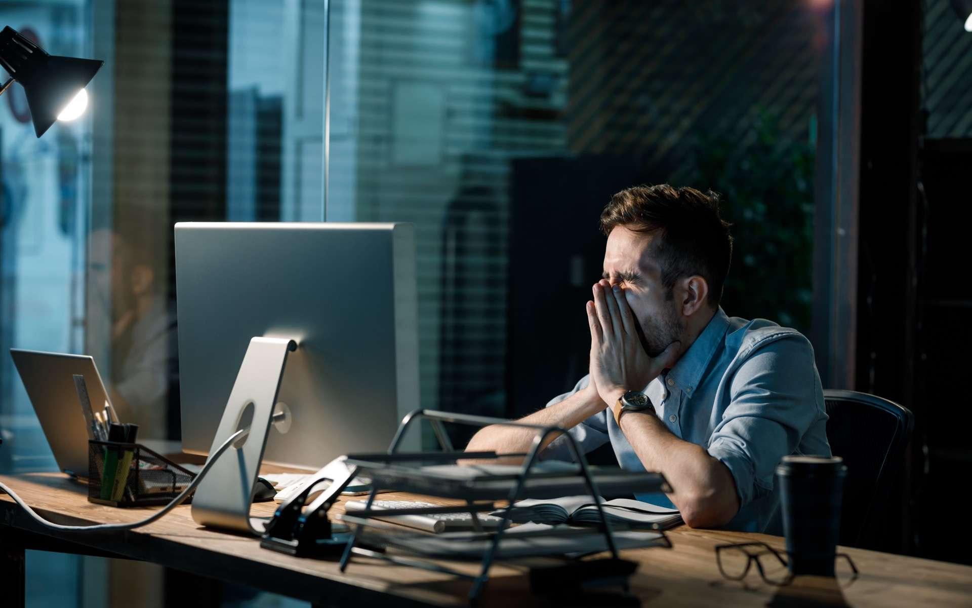 40% des Français déclarent subir un ''fort stress'' au travail. © Alina, Adobe Stock