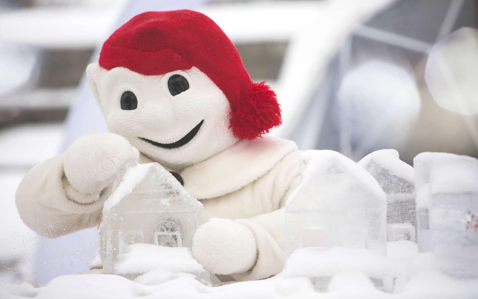 « Bonhomme », Roi du Carnaval de Québec et son palais de neige. © Wikimedia Commons, Stagiairec, CC by-sa 4.0