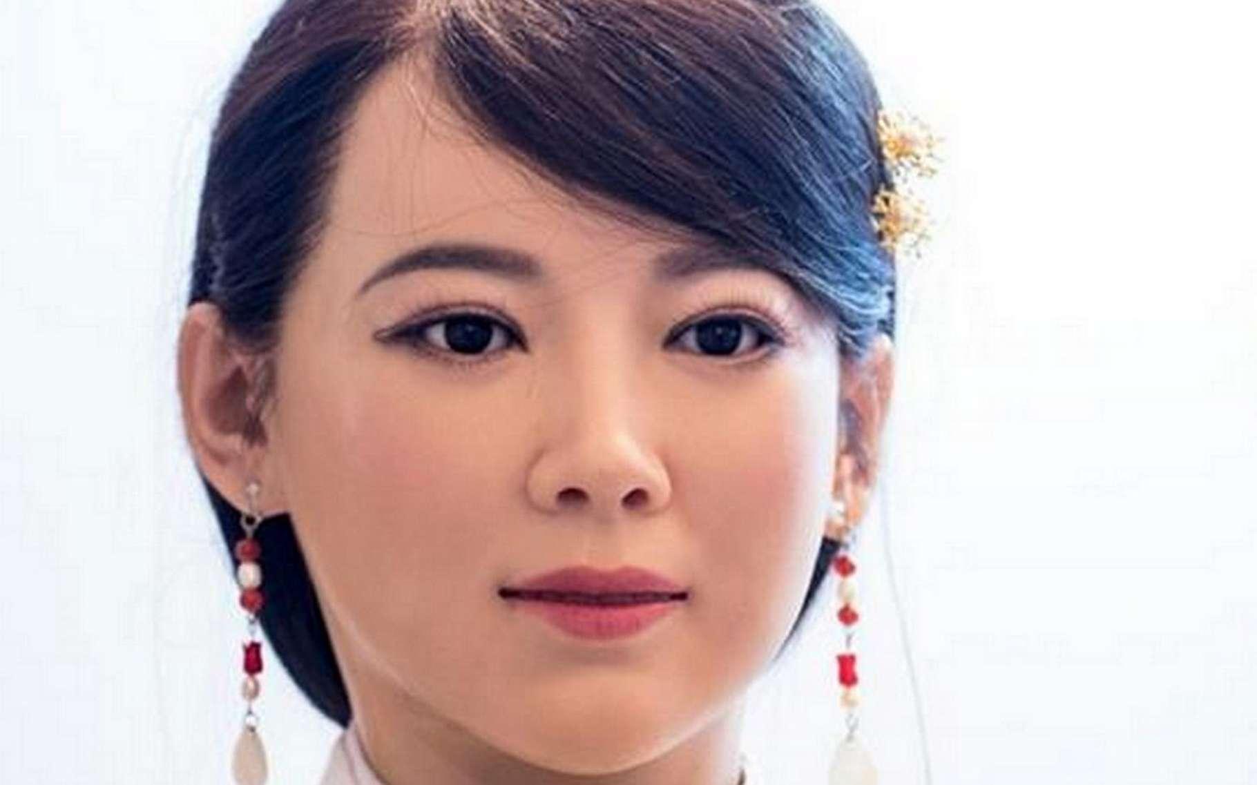 Au premier coup d'œil, il est difficile de se rendre compte que cette jeune femme est en fait un robot. © Phys.org