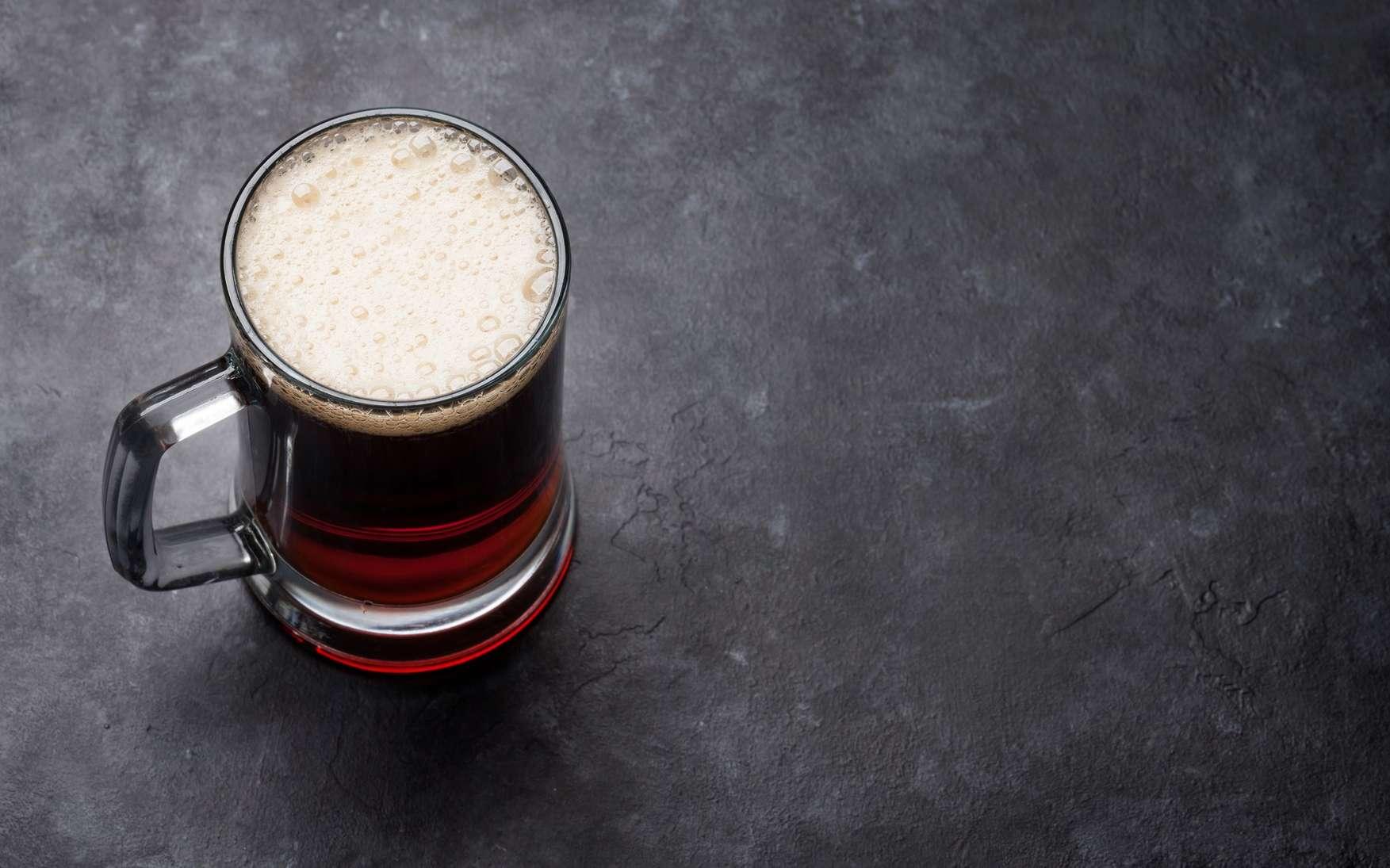 Si vous aimez la bière, c'est peut-être plus à cause de ses effets sur le cerveau que pour son goût. © karandaev, Fotolia