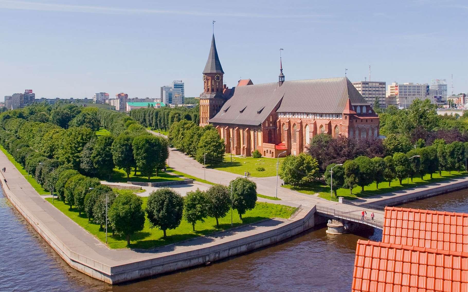 Promenade à Königsberg sur les berges du Pregel. © Gumerov Ildar, Wikimedia commons, DP