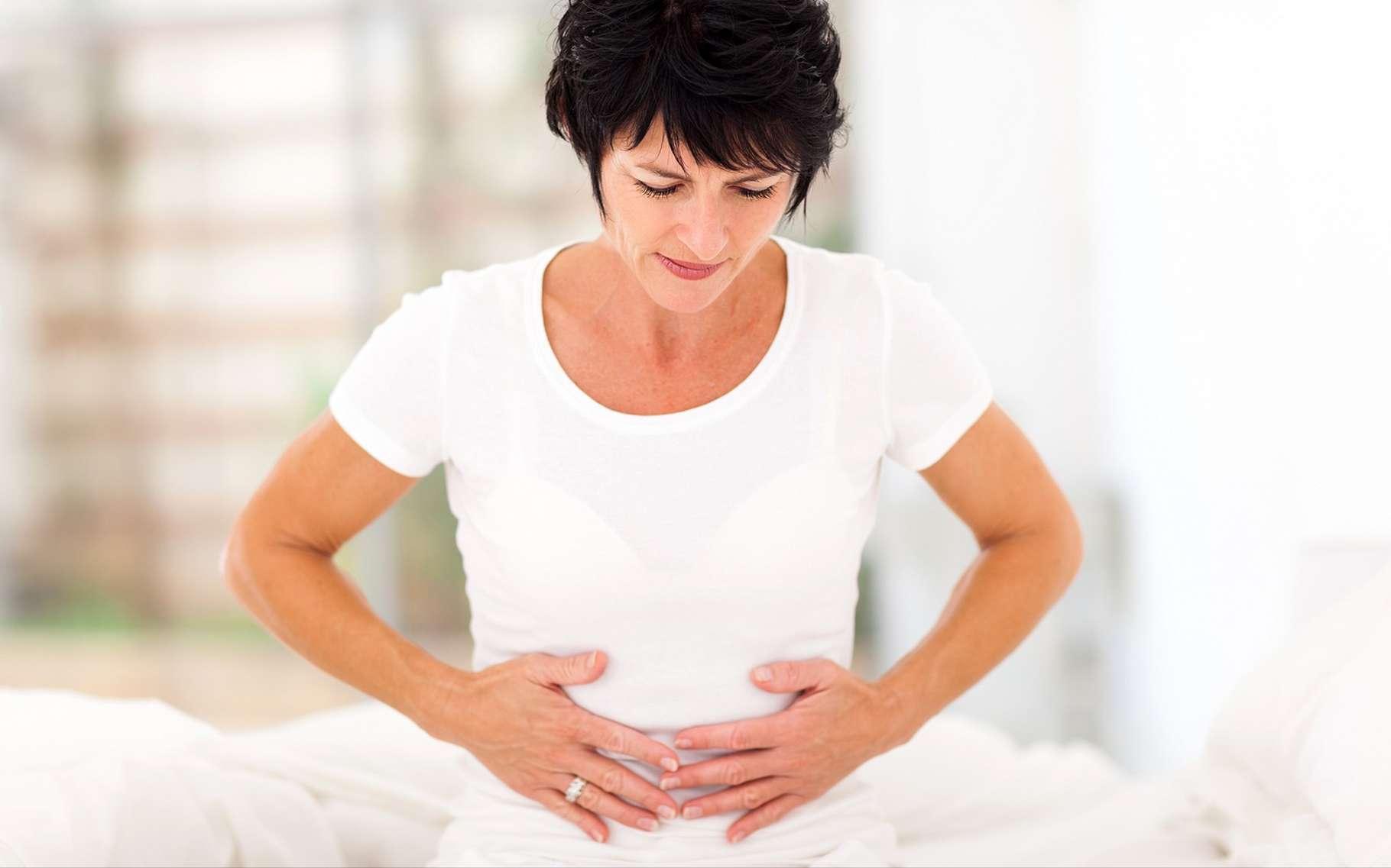 Ballonnements, douleurs abdominales… La colopathie fonctionnelle ou syndrome du côlon irritable est un trouble dans lequel la motricité intestinale est affectée. © michaeljung, Shutterstock
