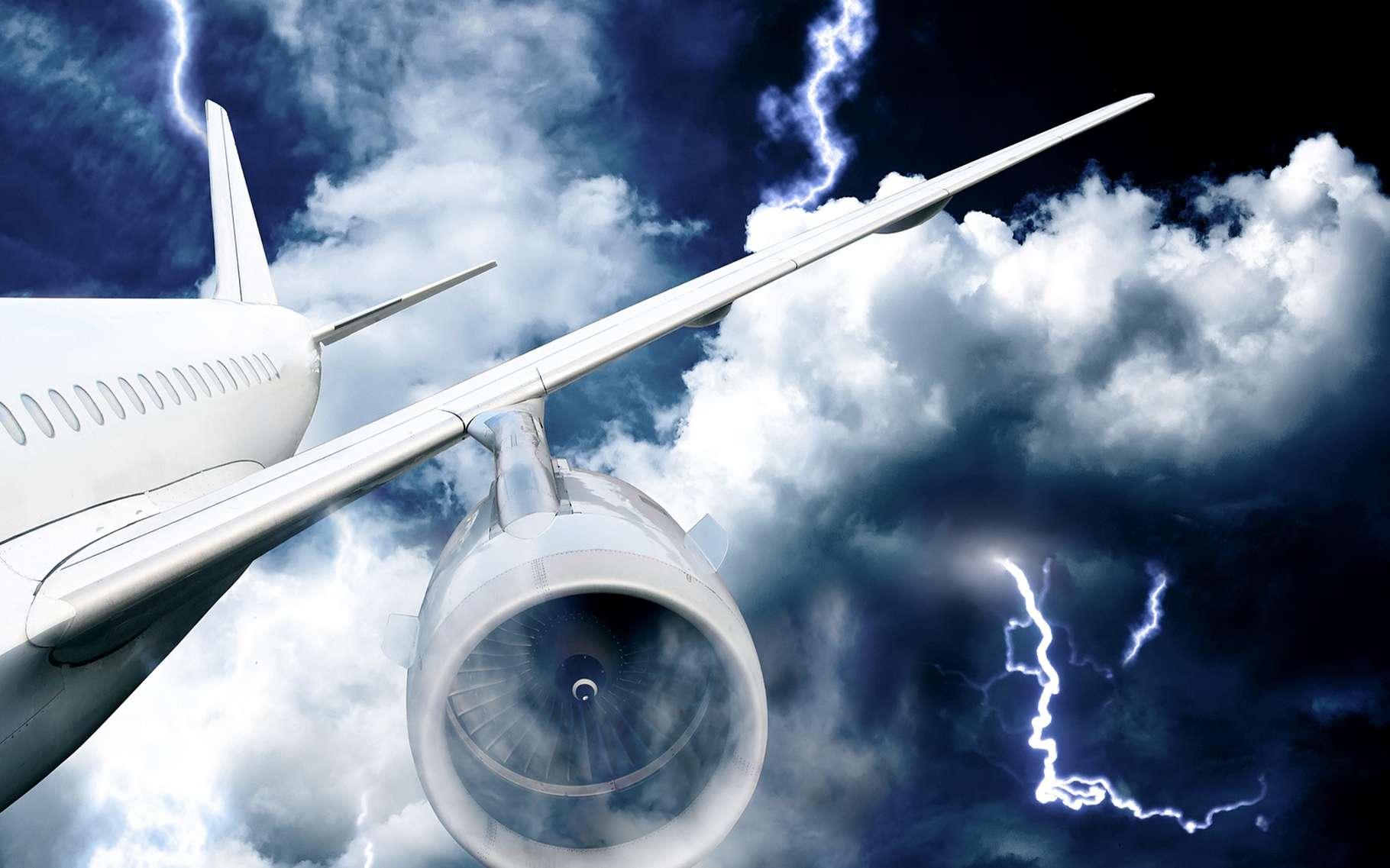 Pourquoi des avions et des bateaux ont-ils disparu dans le triangle des Bermudes ? © Kamenetskiy Konstantin, Shutterstock