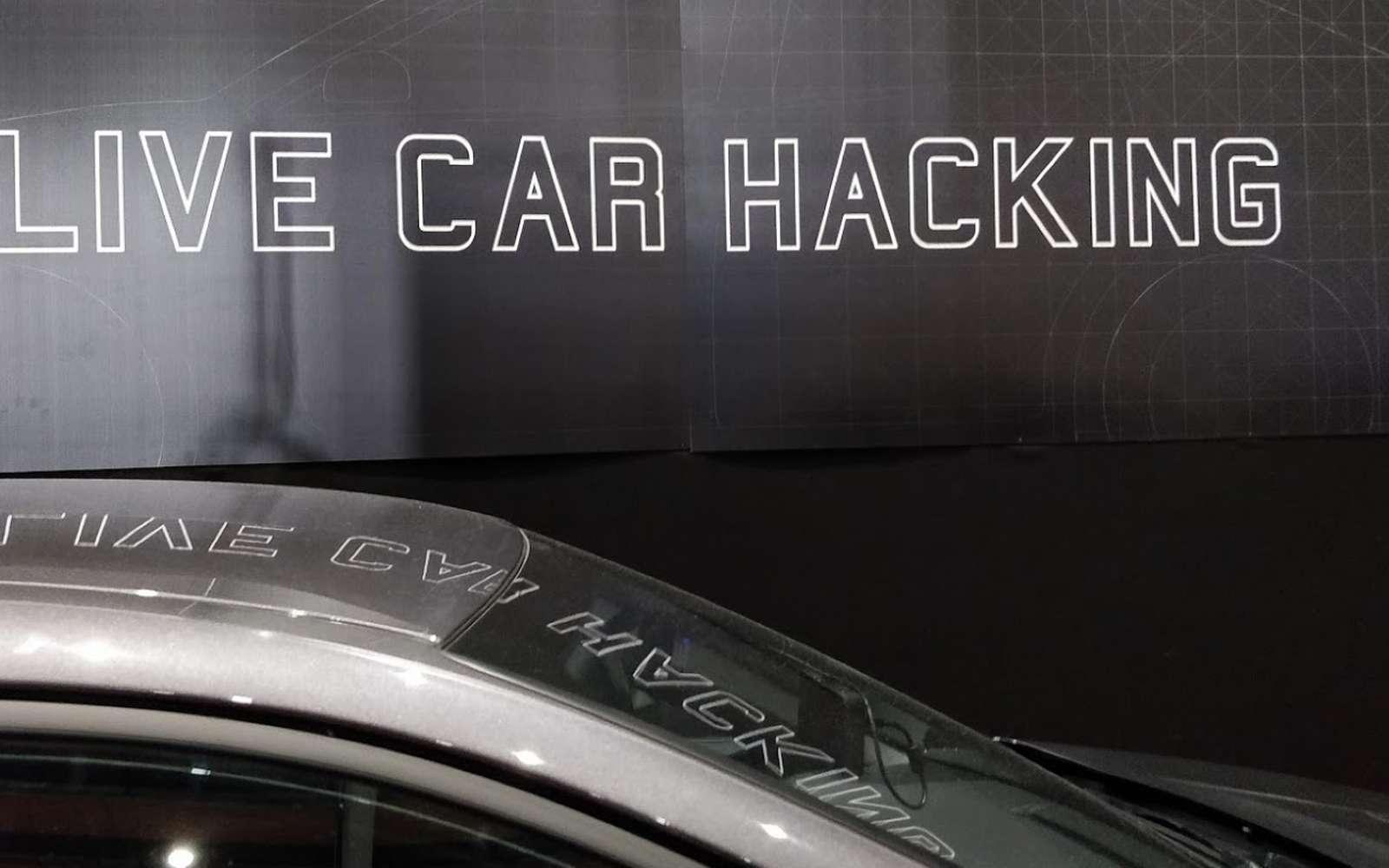 Des pneus, aux systèmes d'assistance, en passant par les clés, la cybersécurité est le maillon faible de l'automobile. © Futura