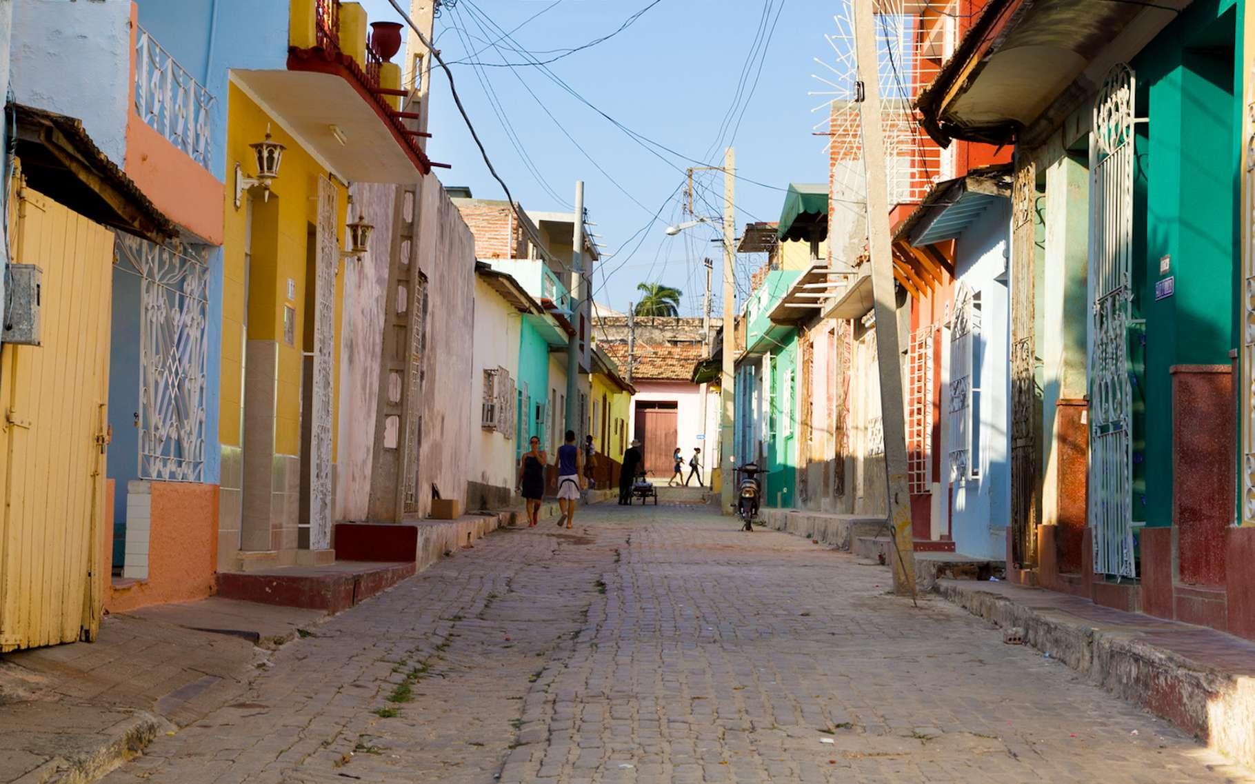 À Cuba, Antoine nous entraîne notamment dans les rues hautes en couleur de Trinidad, une localité de plus de 50.000 habitants inscrite au patrimoine mondial de l'humanité de l'Unesco. © AntonPh, Fotolia