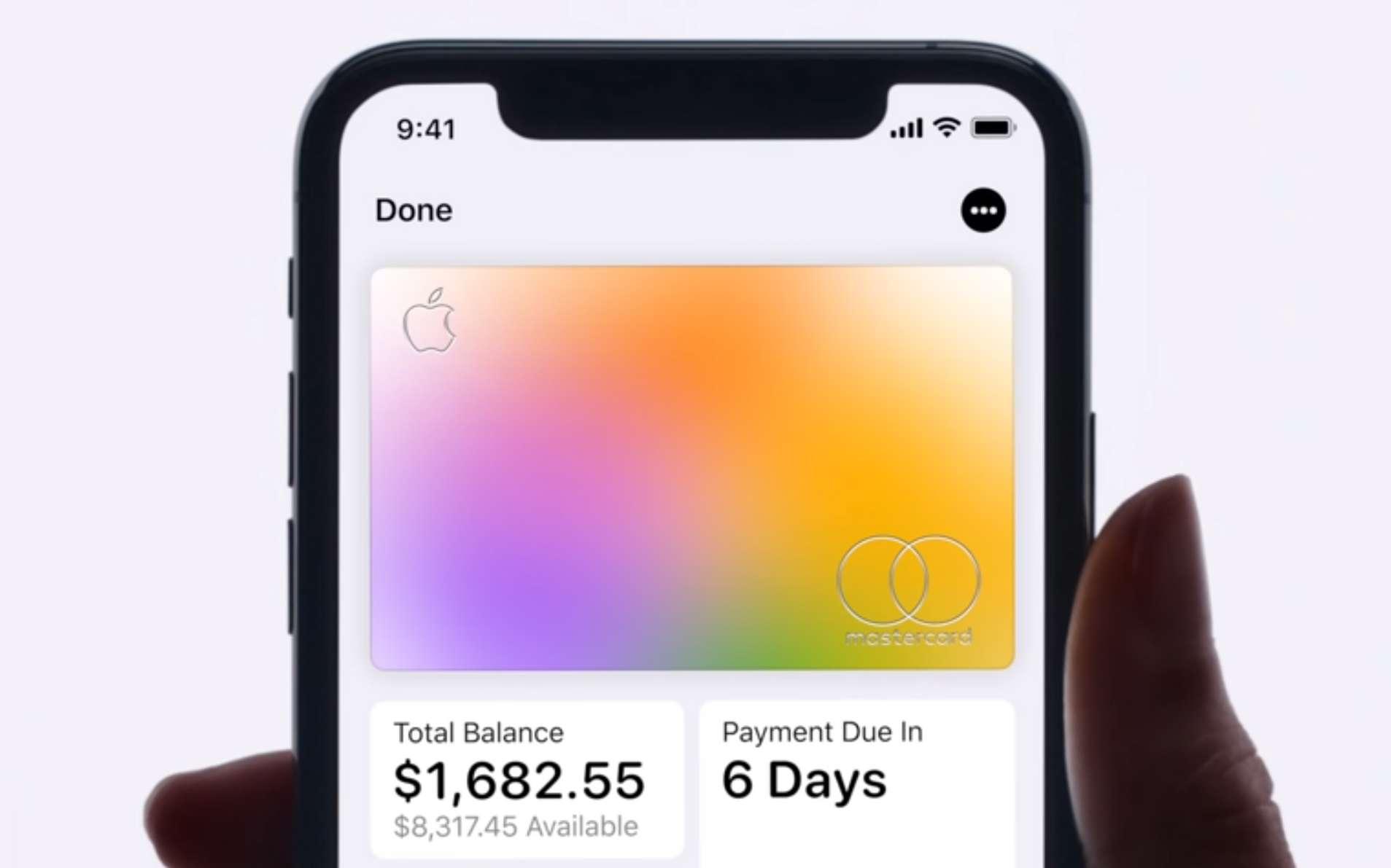 La première carte bancaire d'Apple est fragile au point que la firme propose un guide pour ne pas l'endommager. © Apple