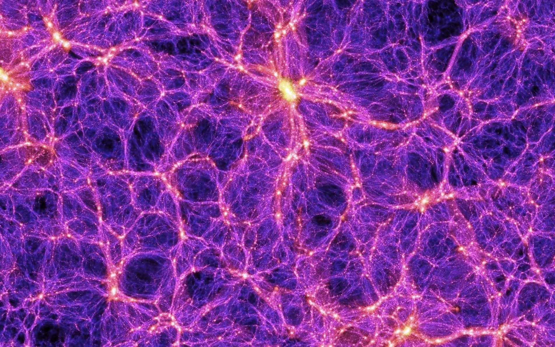 Le Millennium Simulation Project est une suite de simulations numériques faites depuis 2005 pour comprendre comment les galaxies et les amas de galaxies se forment et se rassemblent pour créer, à grande échelle, des structures en forme de filaments. L'image que l'on voit est extraite d'une de ces simulations avec des superordinateurs. Elle est suffisamment précise pour comprendre bien des aspects de l'univers observable en utilisant la théorie de Newton de la gravitation. © Max Planck Institute for Astrophysics, Springel et al.