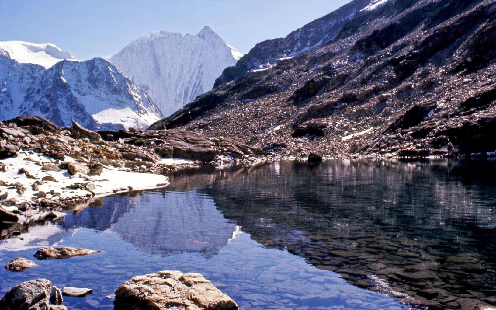 Le lac de Fontanesses en Suisse. © Giorgio Rodano, Flickr