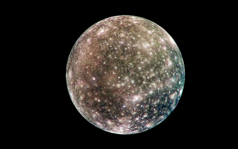 Callisto, un des quatre satellites galiléens de Jupiter. © Nasa